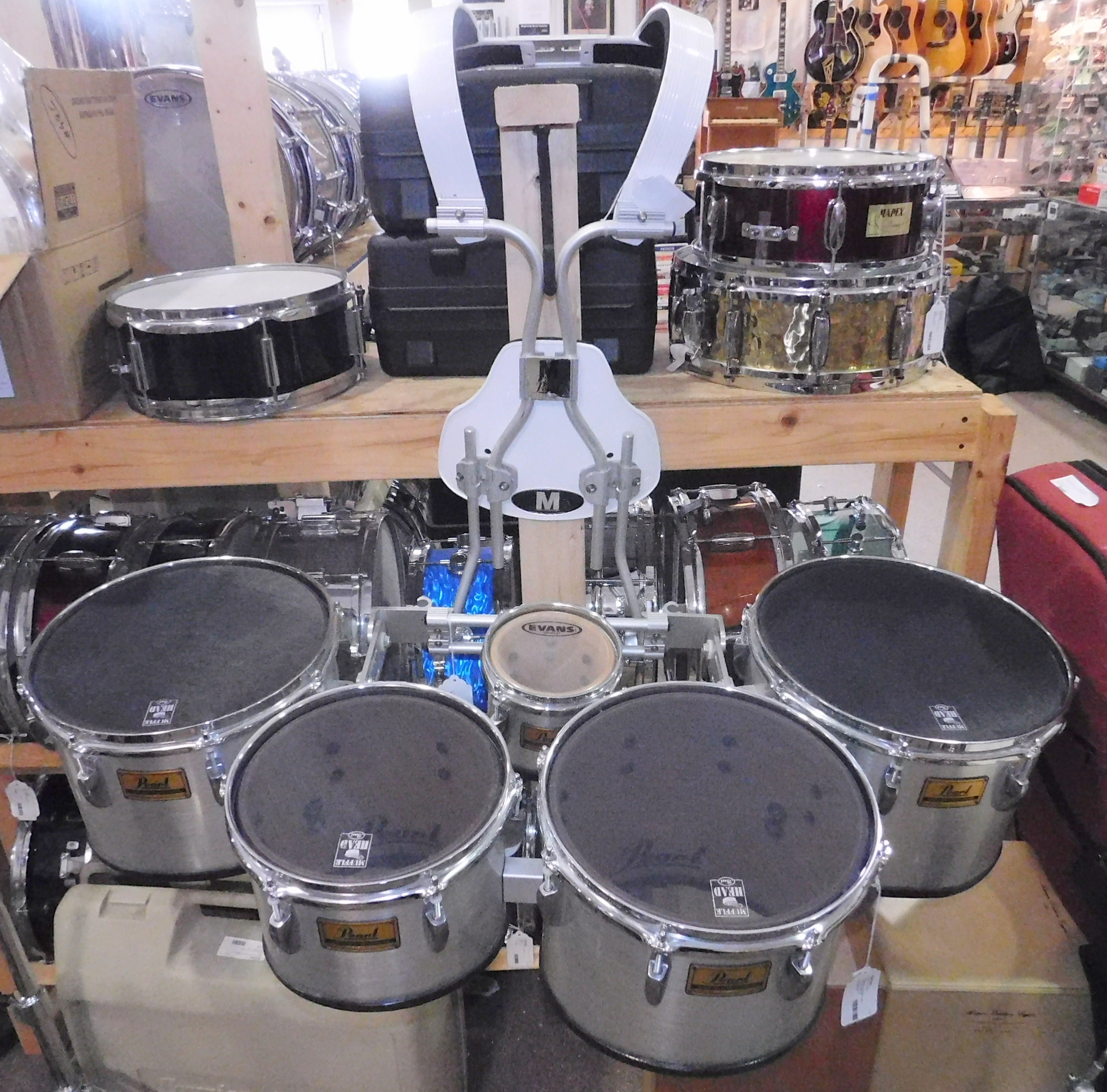 PEARL 5PC QUADS MARCHING DRUMS WITH HARNESS