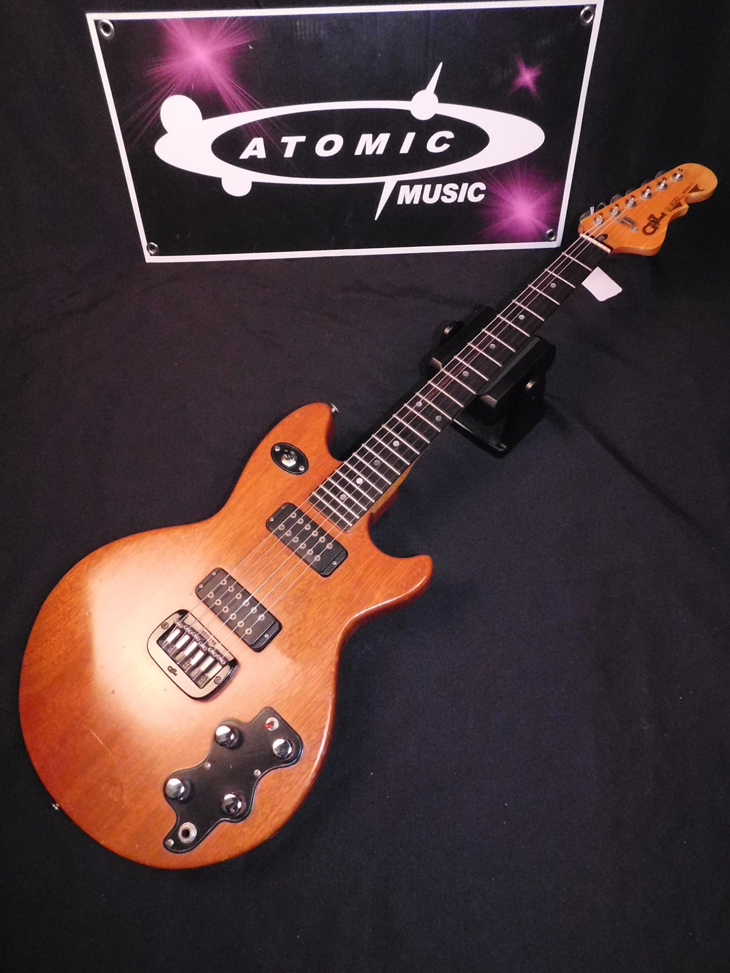 G&L G-200 1981 VERY RARE - EIGHTIES SERIES 1 - 1980'S S 1 G200 WITH CASE!