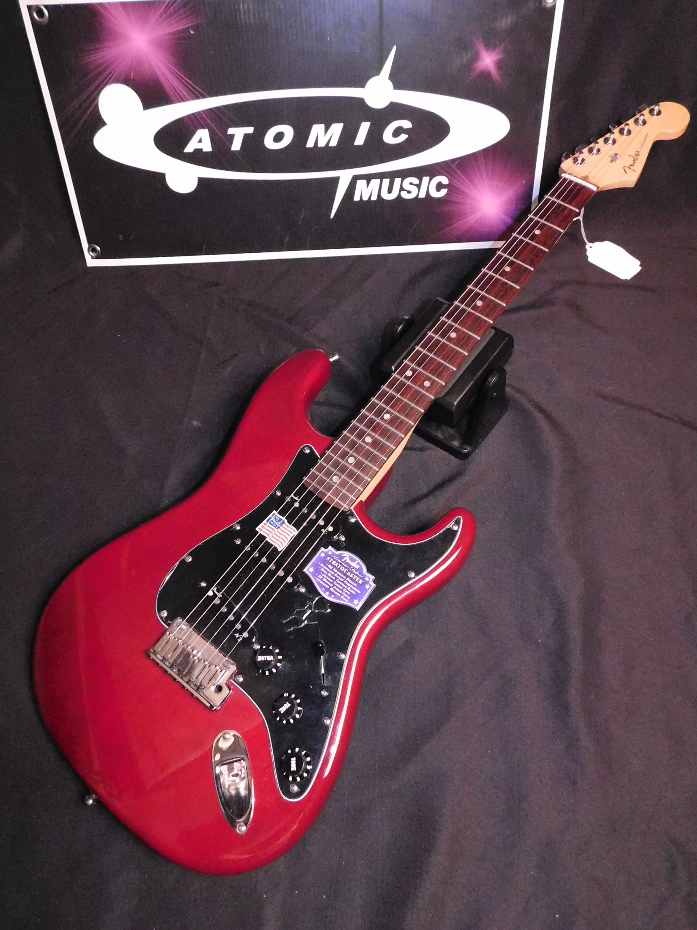 2011 AMERICAN FENDER DELUXE STRAT - RED - USA MADE DLX STRATOCASTER