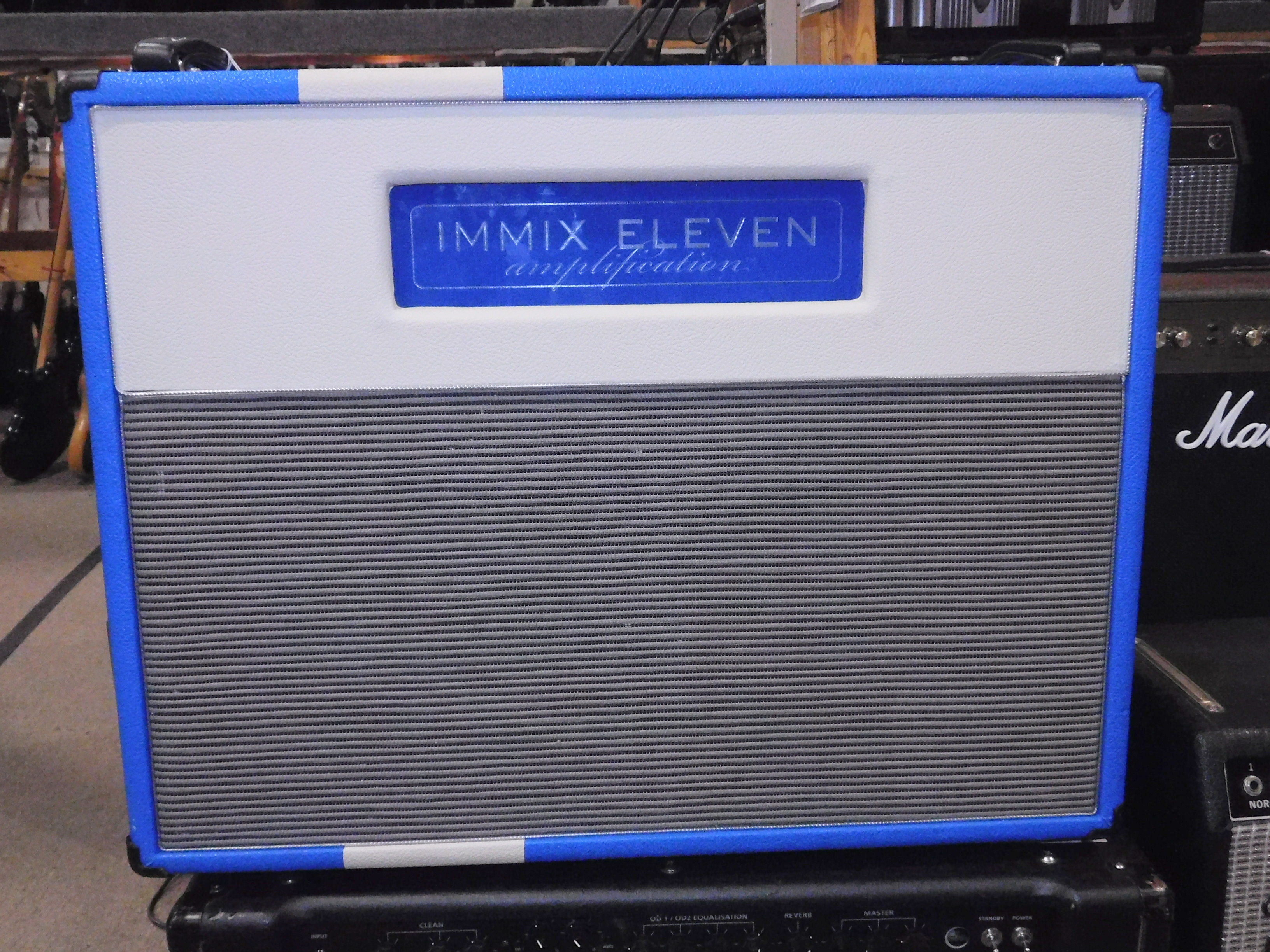 IMMIX ELEVEN V SERIES 30 GUITAR AMPLIFIER COMBO - GREAT CONDITION