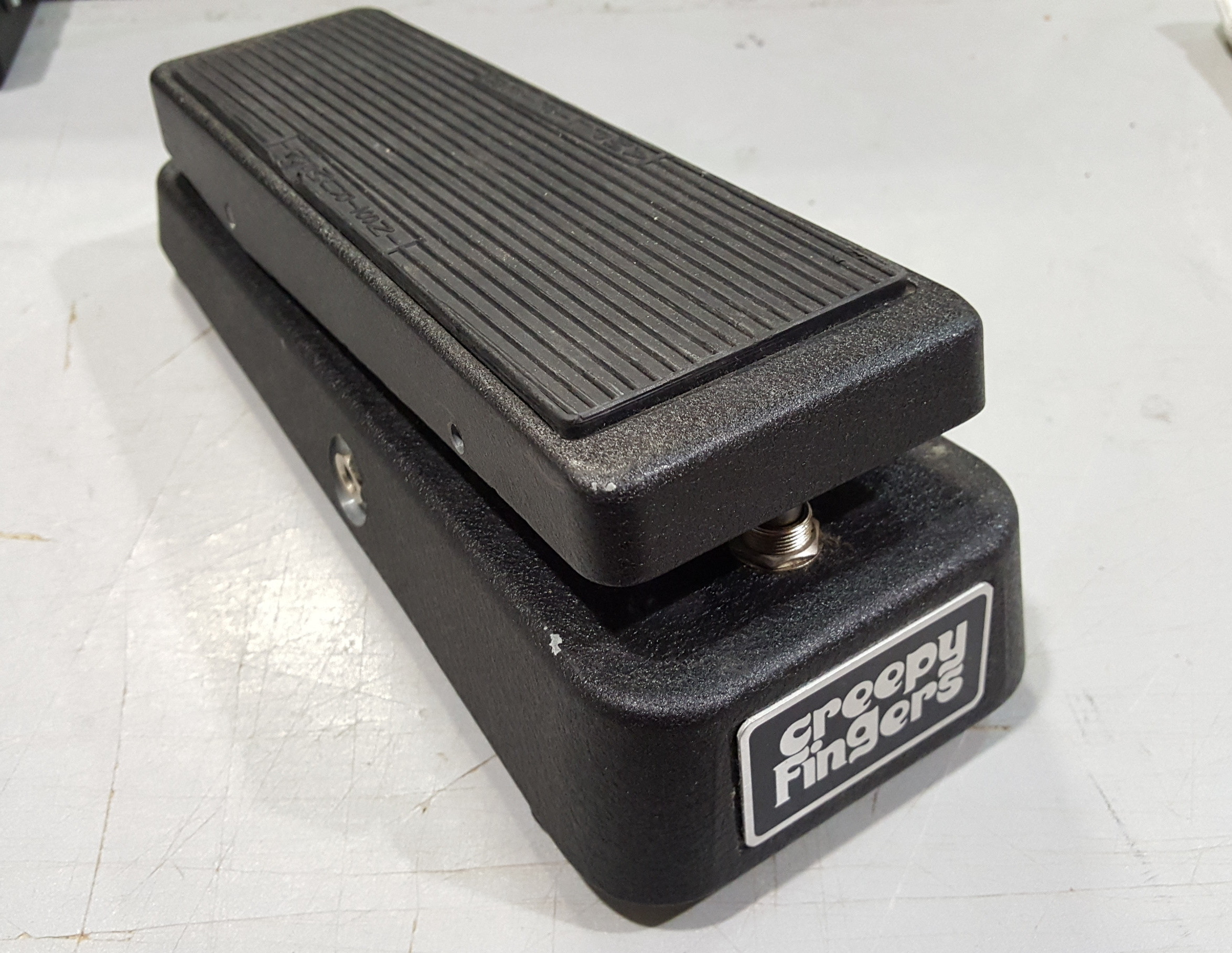 DUNLOP CREEPY FINGERS MODDED CRYBABY WAH PEDAL