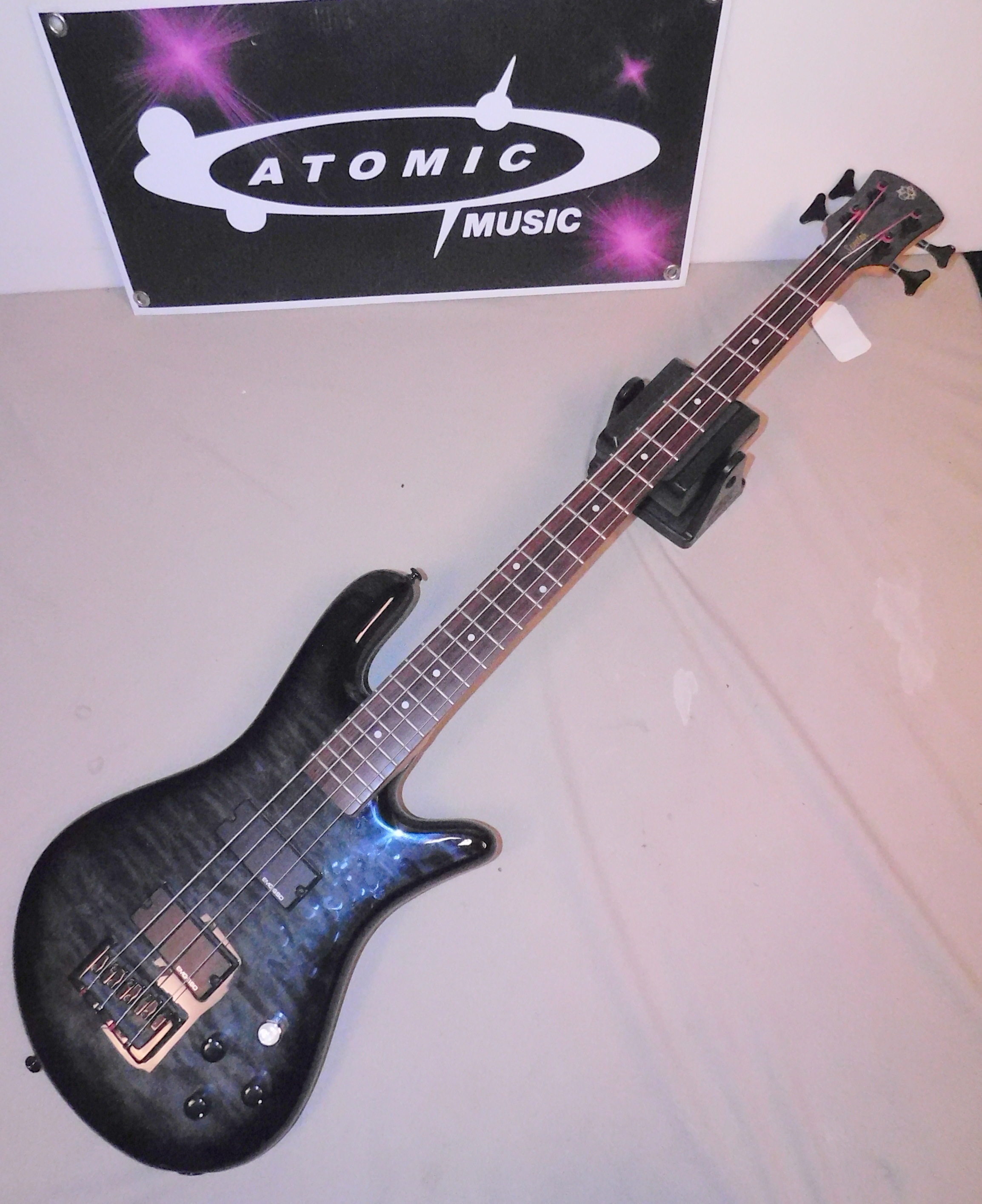 SPECTOR LEGEND IV (4) FOUR STRING ELECTRIC BASS