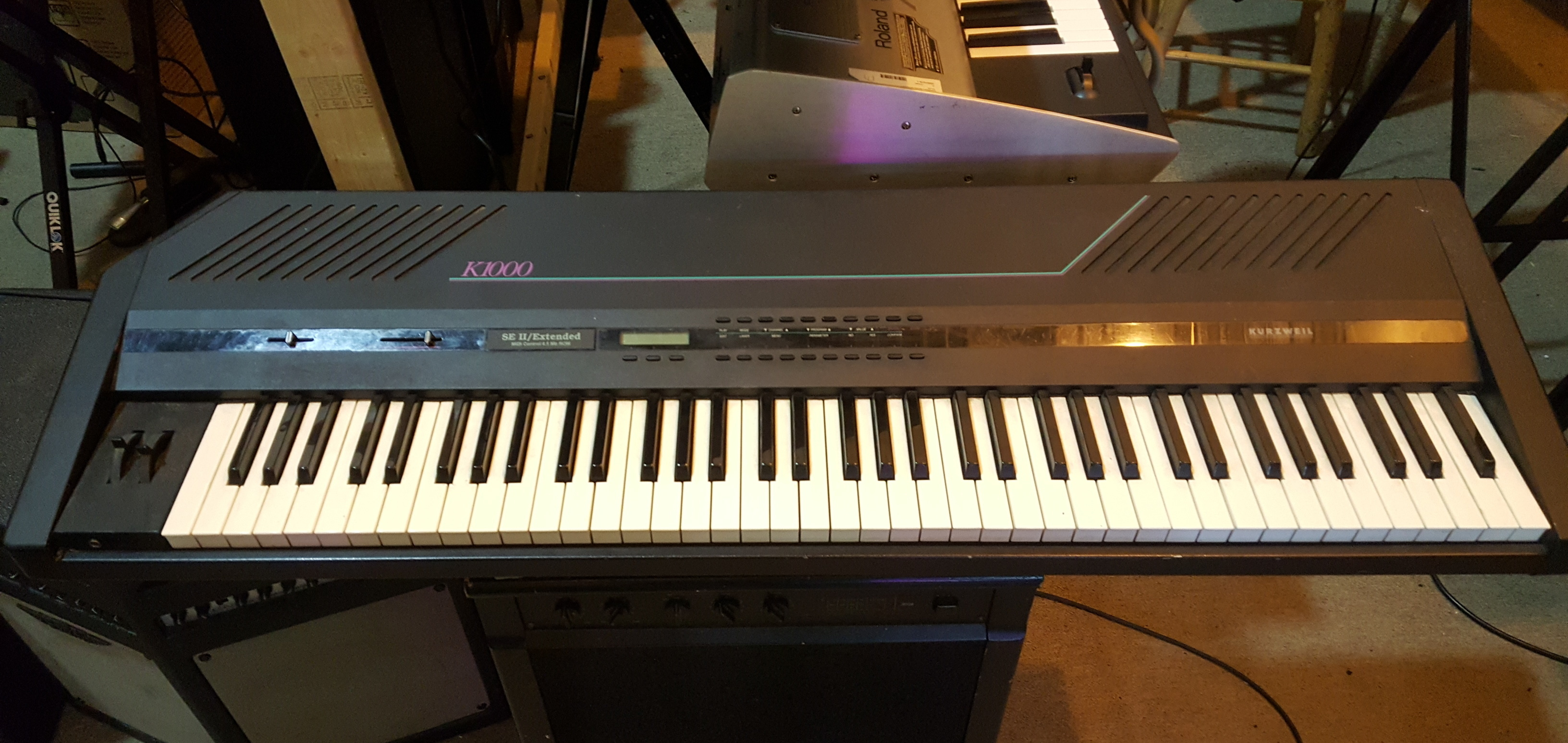 KURZWEIL K1000 76-Key Synthesizer - GOOD WORKING CONDITION!!