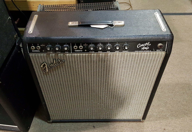 1963 FENDER CONCERT AMP VINTAGE 4X10 TUBE GUITAR AMP COMBO