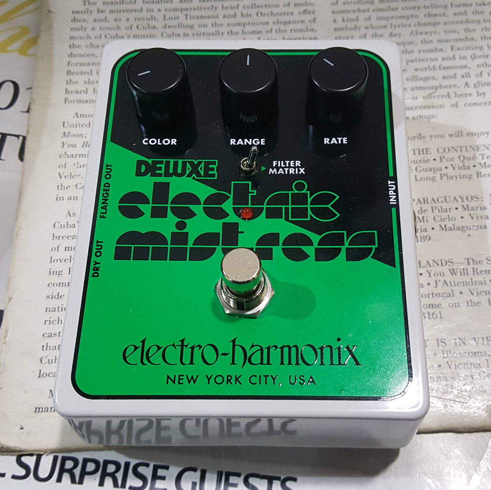 ELECTRO-HARMONIX DELUXE ELECTRIC MISTRESS Guitar Effects Fx Pedal