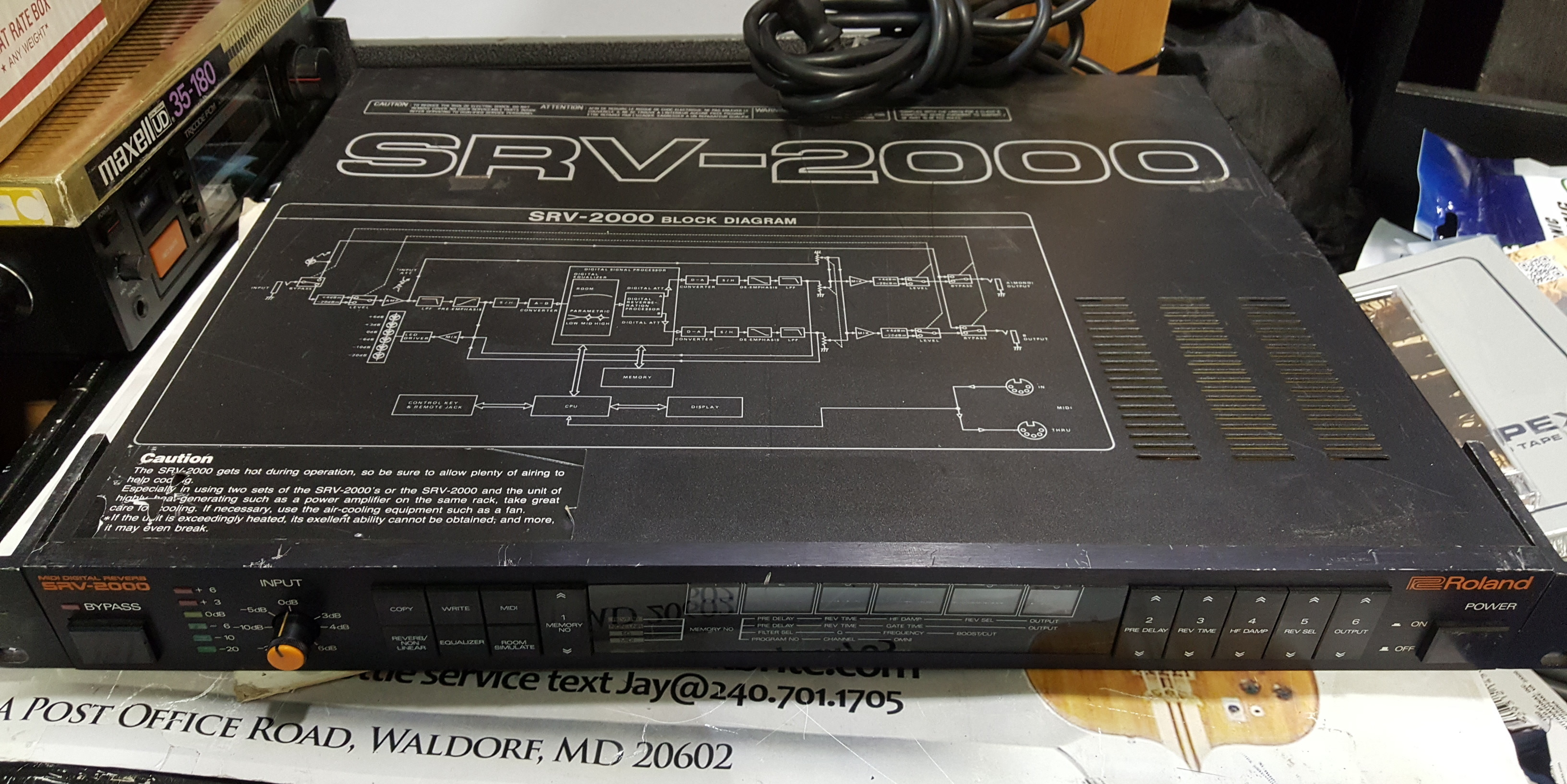 ROLAND SRV-2000 MIDI DIGITAL REVERB Rackmount Effects Module - GOOD CONDITION!!