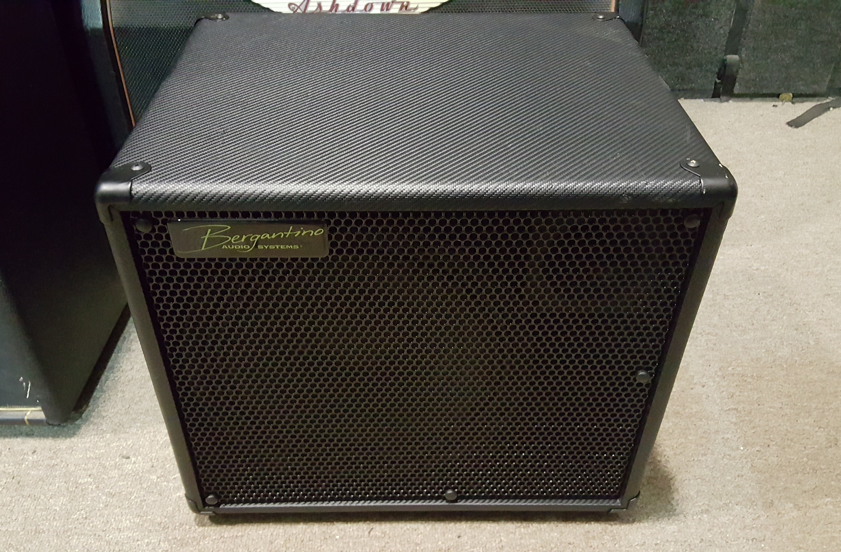 BERGANTINO CN112 350-Watt 1x12 Bass Speaker Cabinet **PICKUP ONLY**