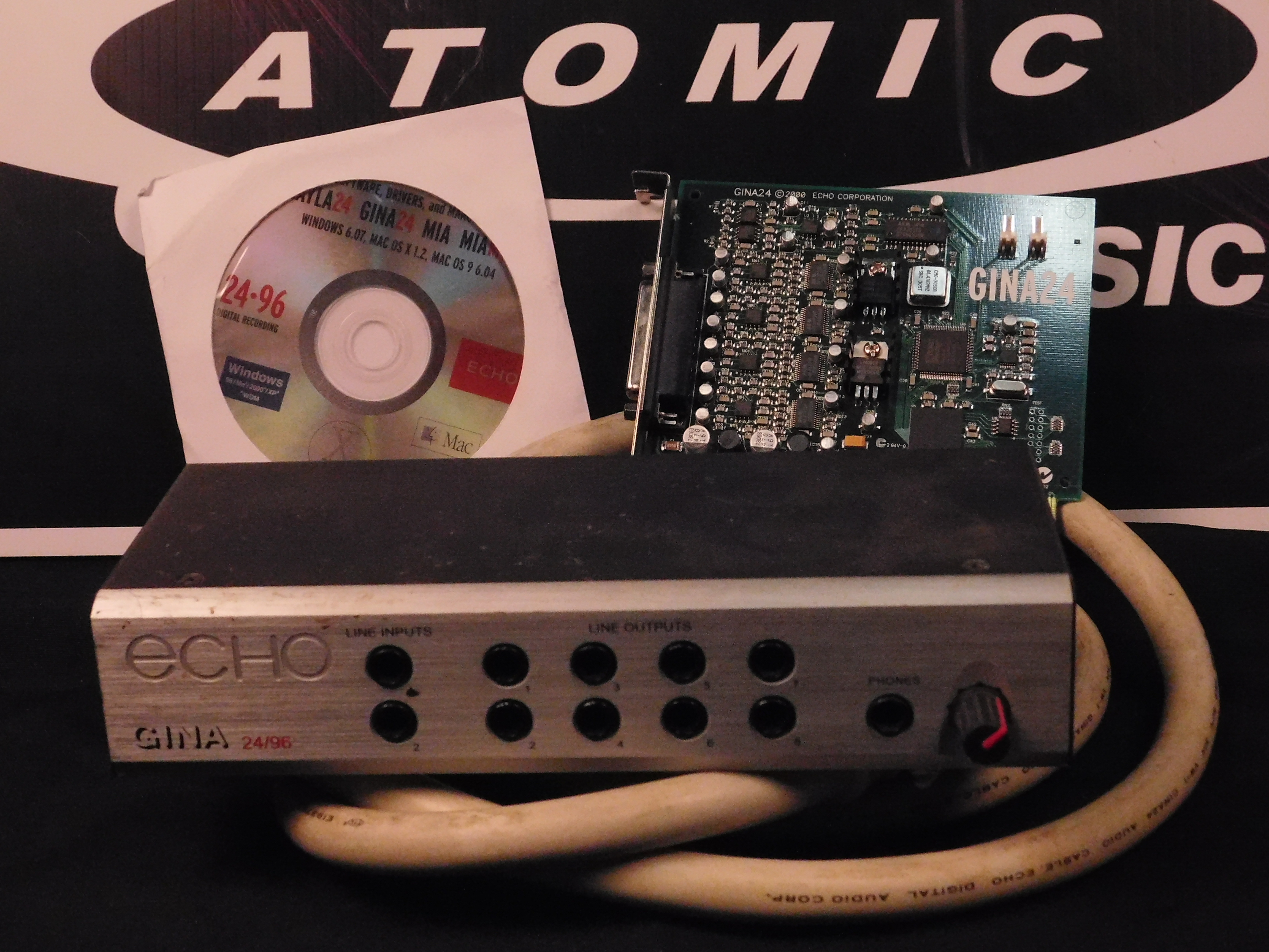 ECHO GINA 24/96 INTERFACE w/Cable, CD & PCI Card  **AS IS**