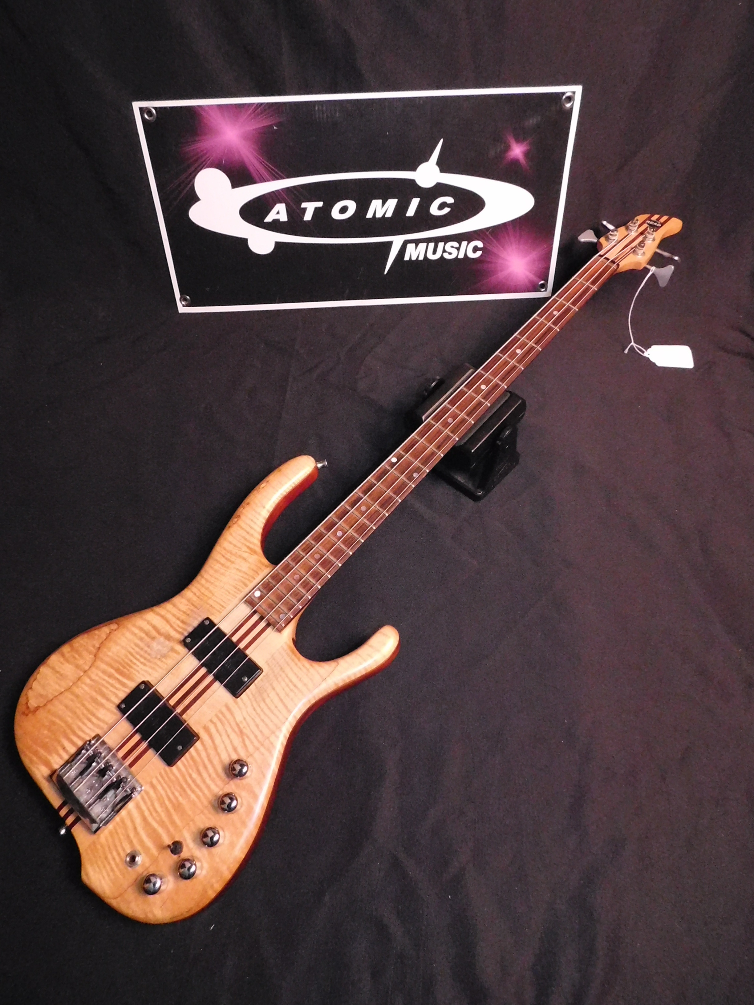 JACK READ CUSTOM 4 FOUR STRING ACTIVE BASS GUITAR
