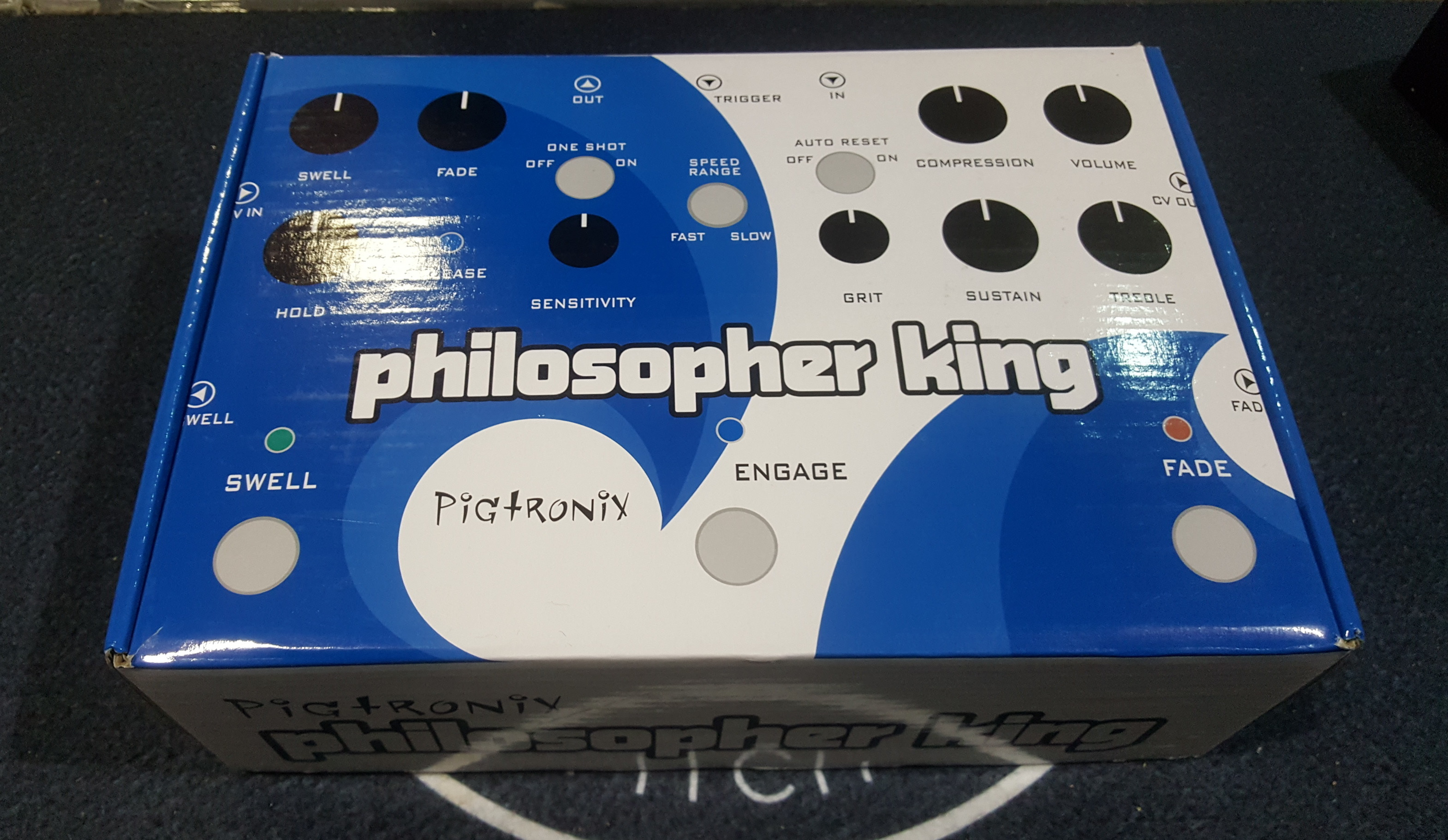 PIGTRONIX PHILOSOPHER KING Compressor Guitar Effects FX Pedal w/ Power Supply!