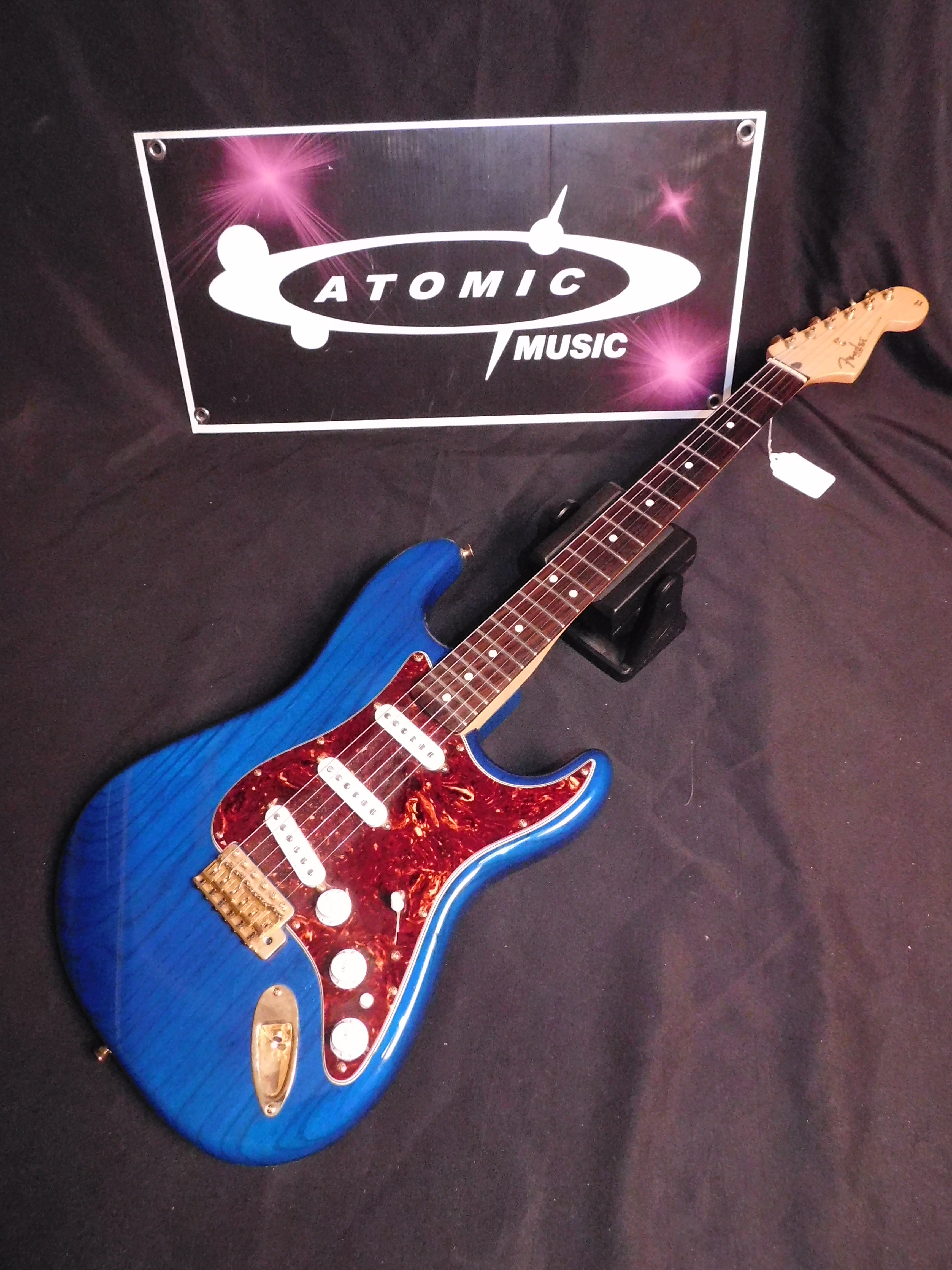 2009 FENDER MEXICAN STRATOCASTER - MIM STRAT