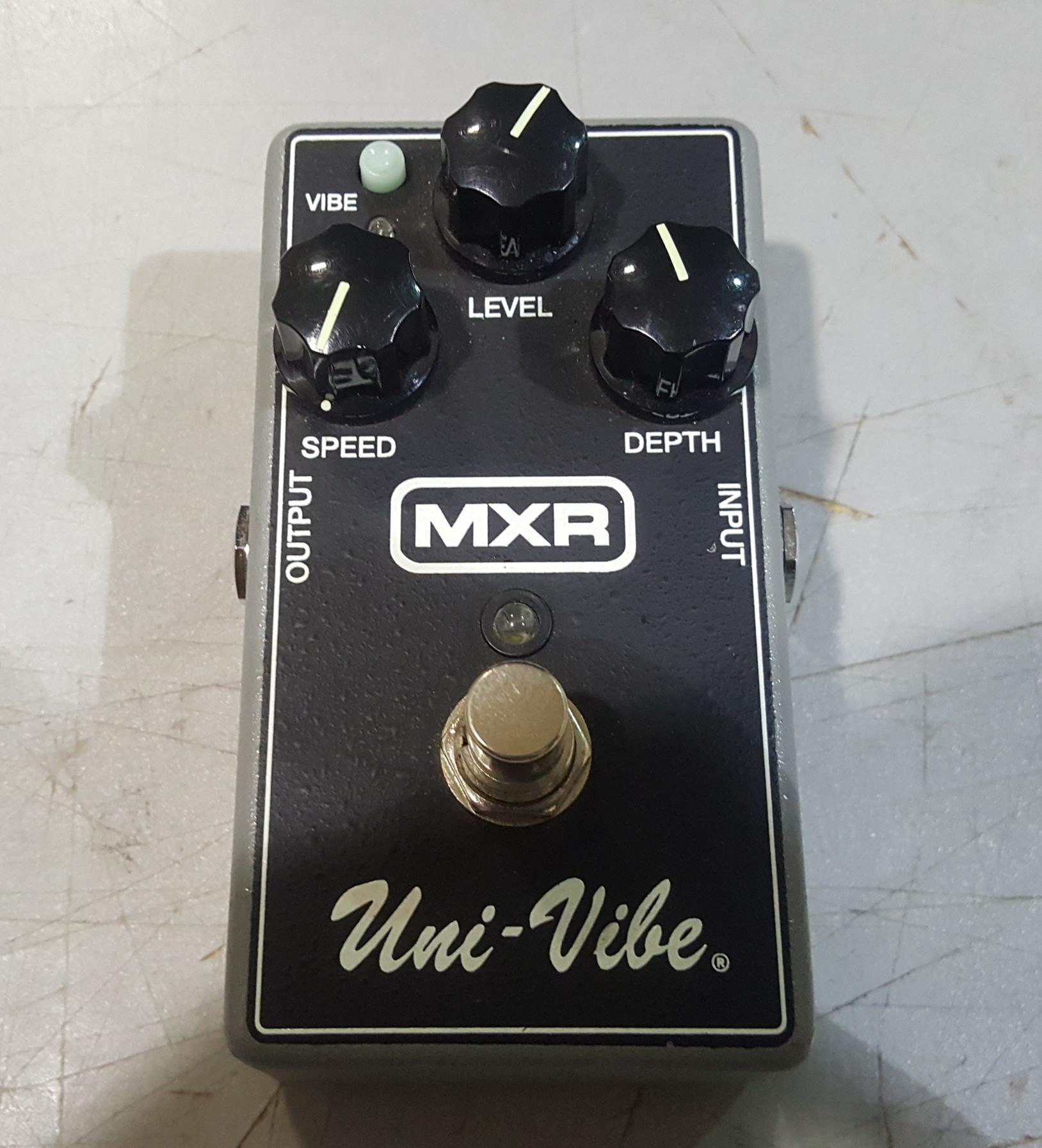 MXR M68 UNI-VIBE CHORUS/VIBRATO Guitar Effects FX Pedal