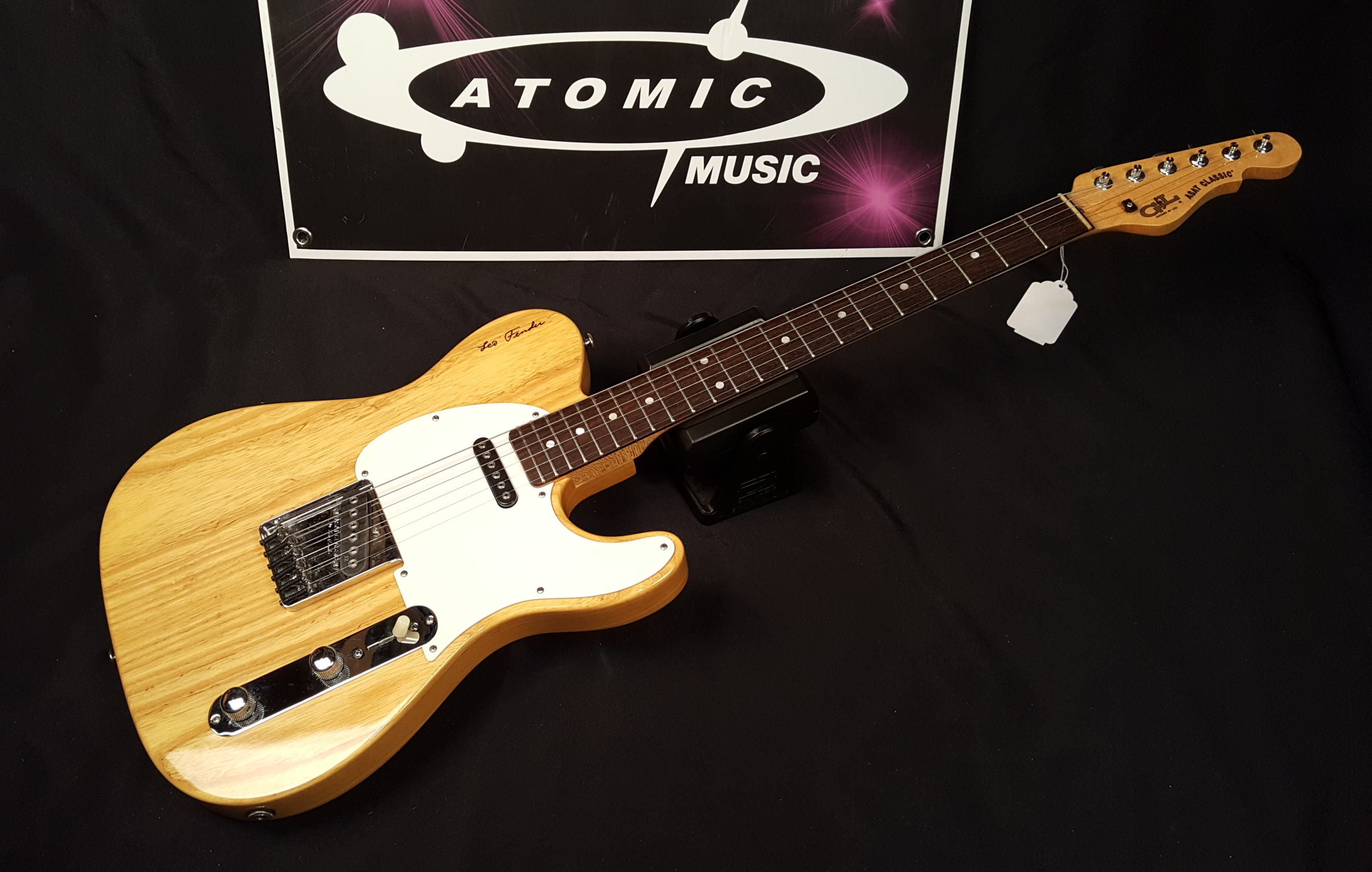 1991 G&L ASAT CLASSIC SIGNATURE ELECTRIC GUITAR - NATURAL GLOSS!