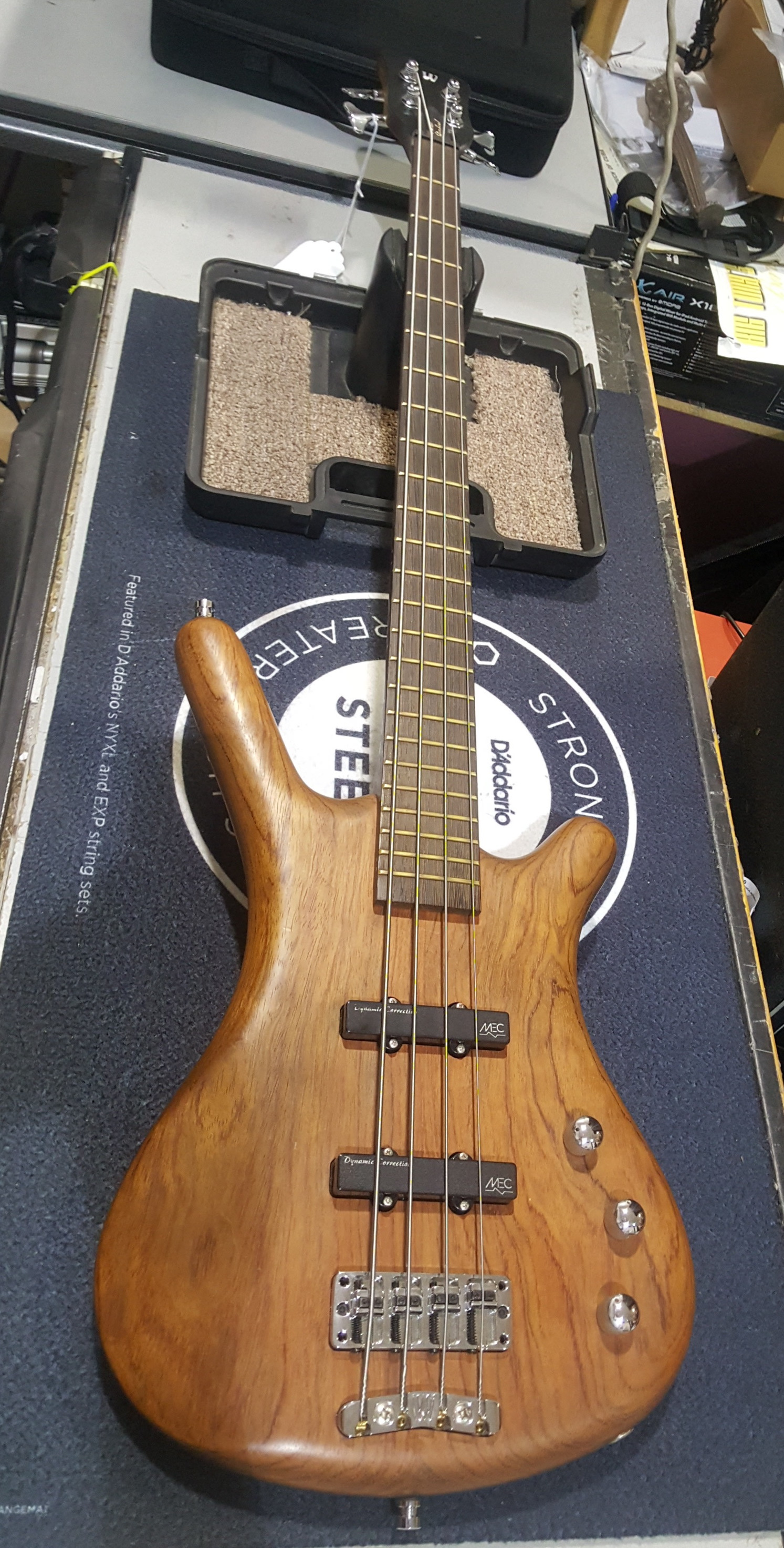 WARWICK CORVETTE STANDARD 4-String Electric Bass Guitar