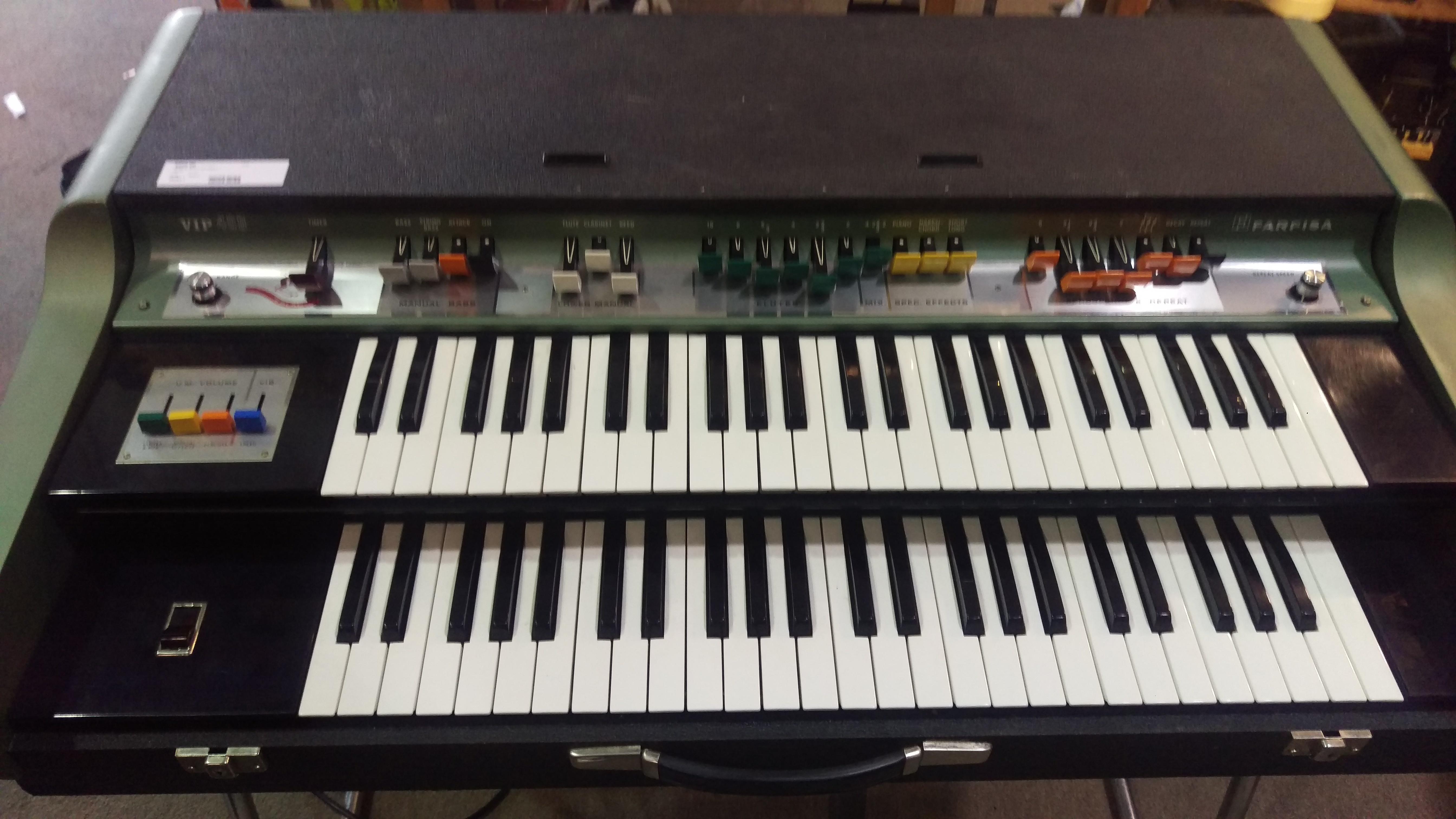 Farfisa VIP400 Keyboard W/ Stand