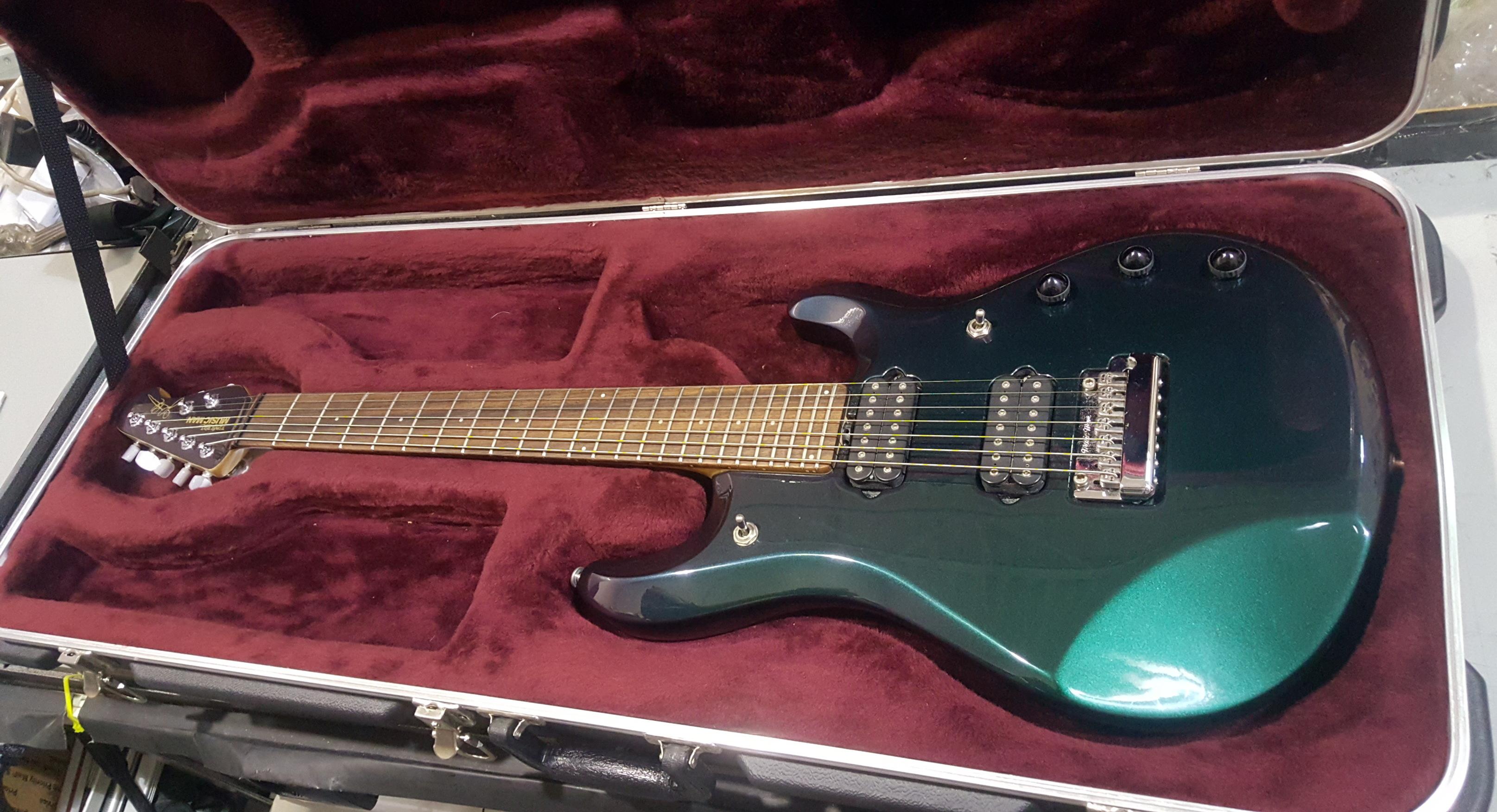 ERNIE BALL MUSIC MAN JP7 7-String Electric Guitar W/HSC - Mystic Dream!!