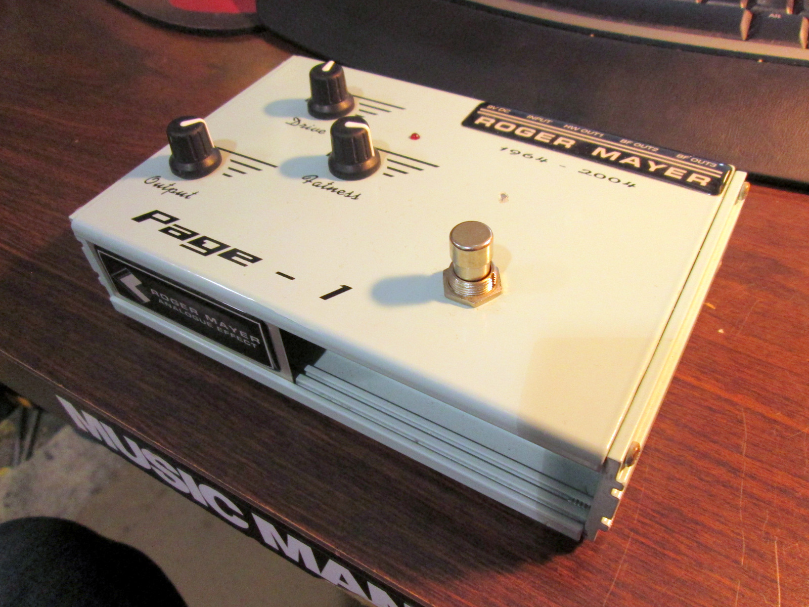 ROGER MAYER PAGE-1 ***Germanium Fuzz*** Effect Pedal