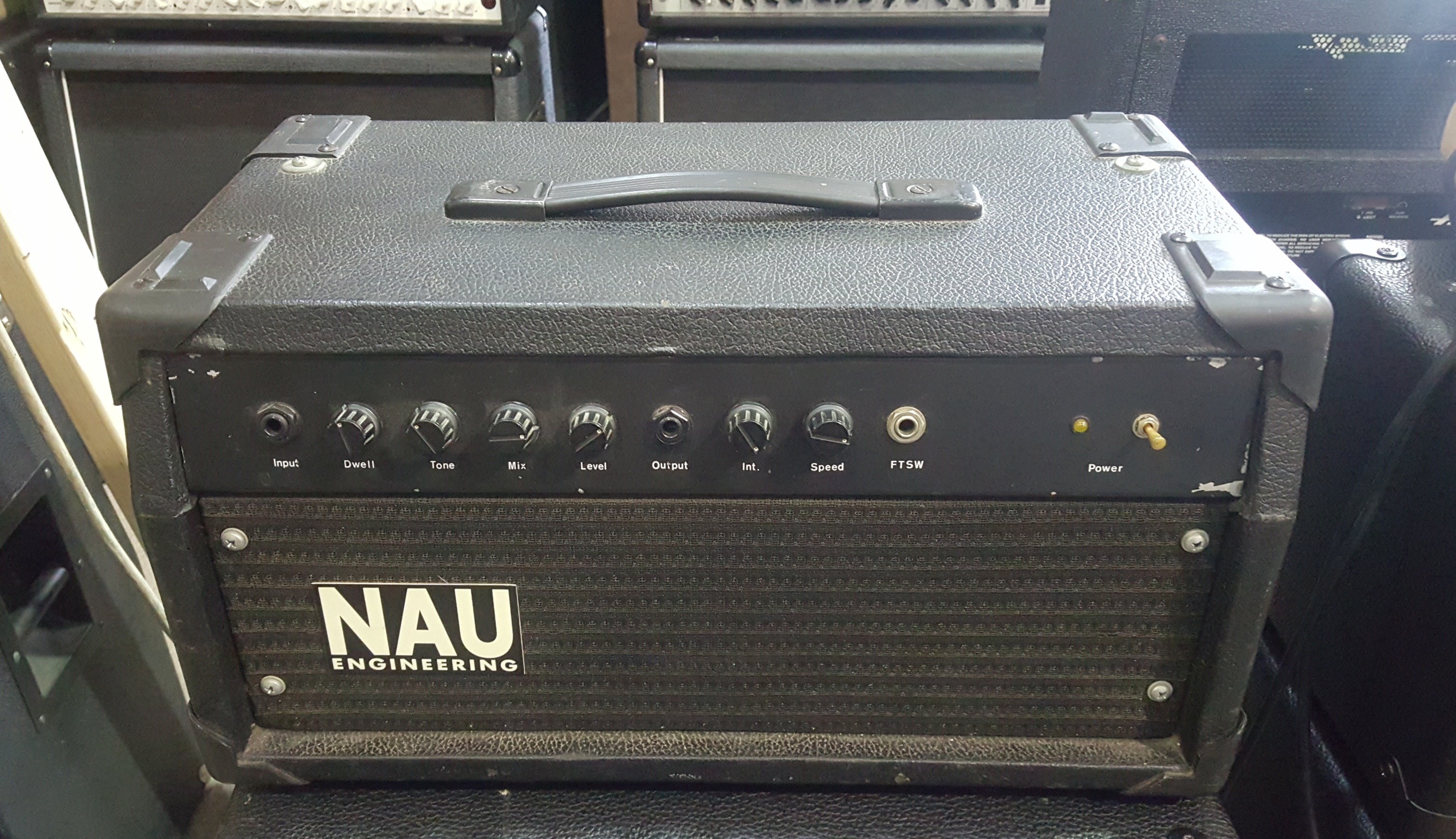 NAU ENGINEERING Tube Reverb / Tremolo Unit