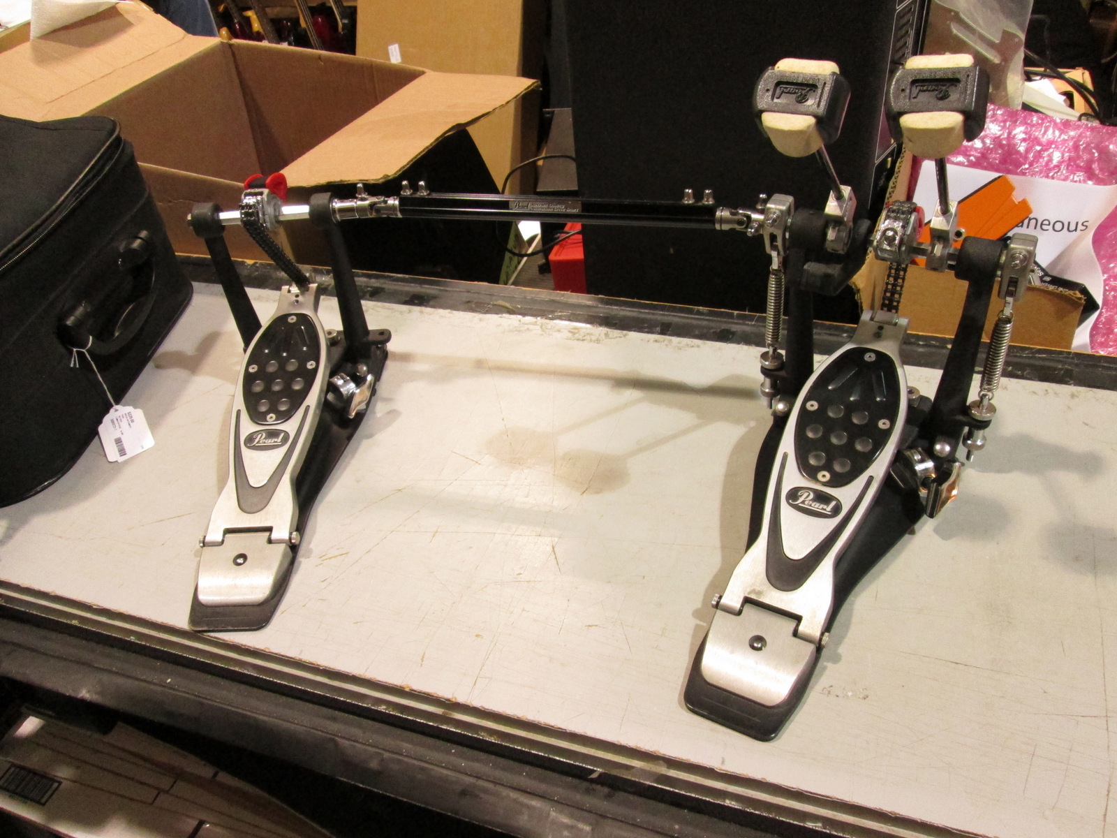 PEARL P2002C ELIMINATOR DOUBLE BASS DRUM PEDAL, CHAIN DRIVE