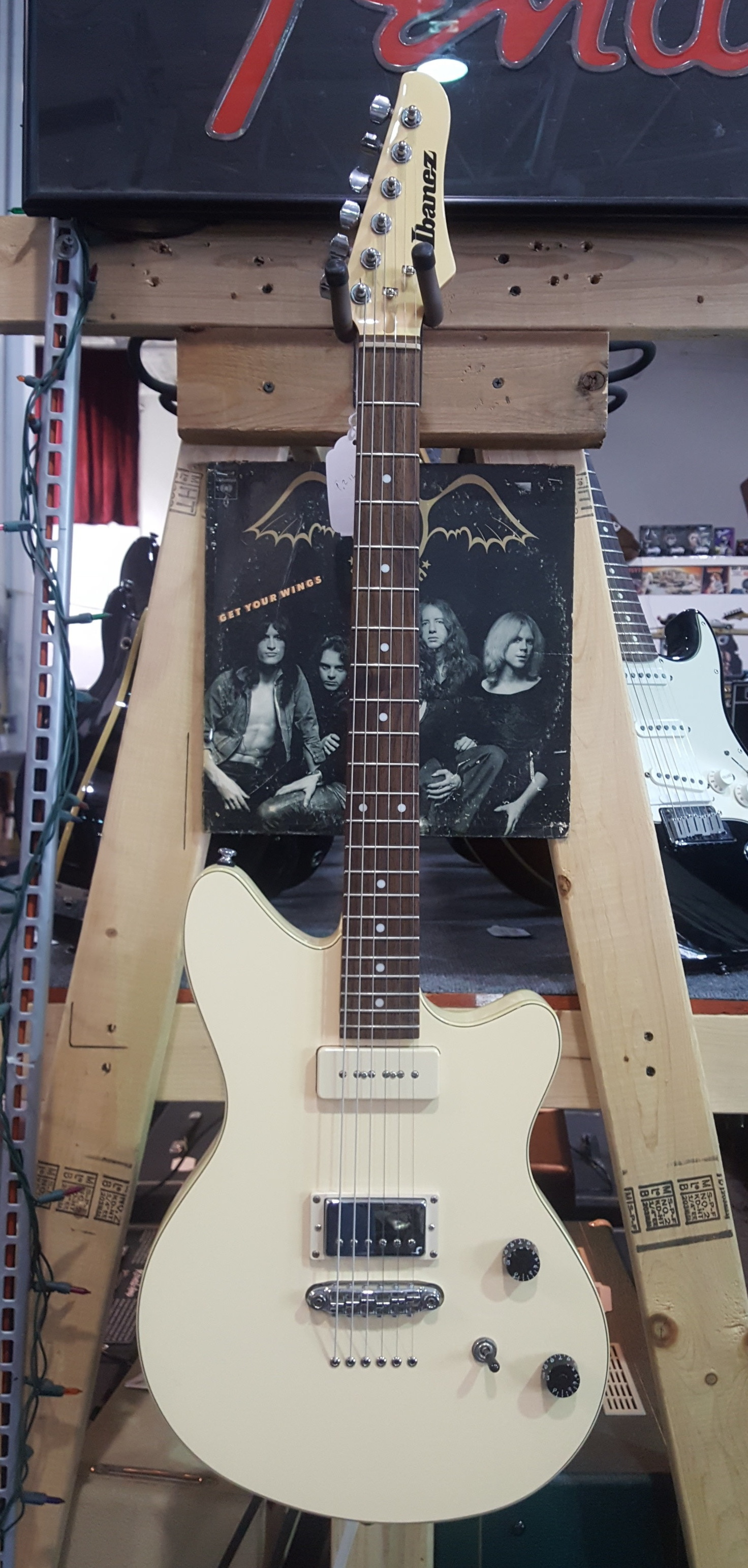 IBANEZ CMM1 Chris Miller Signature Electric Guitar - CREAM / IVORY with Gig-bag!