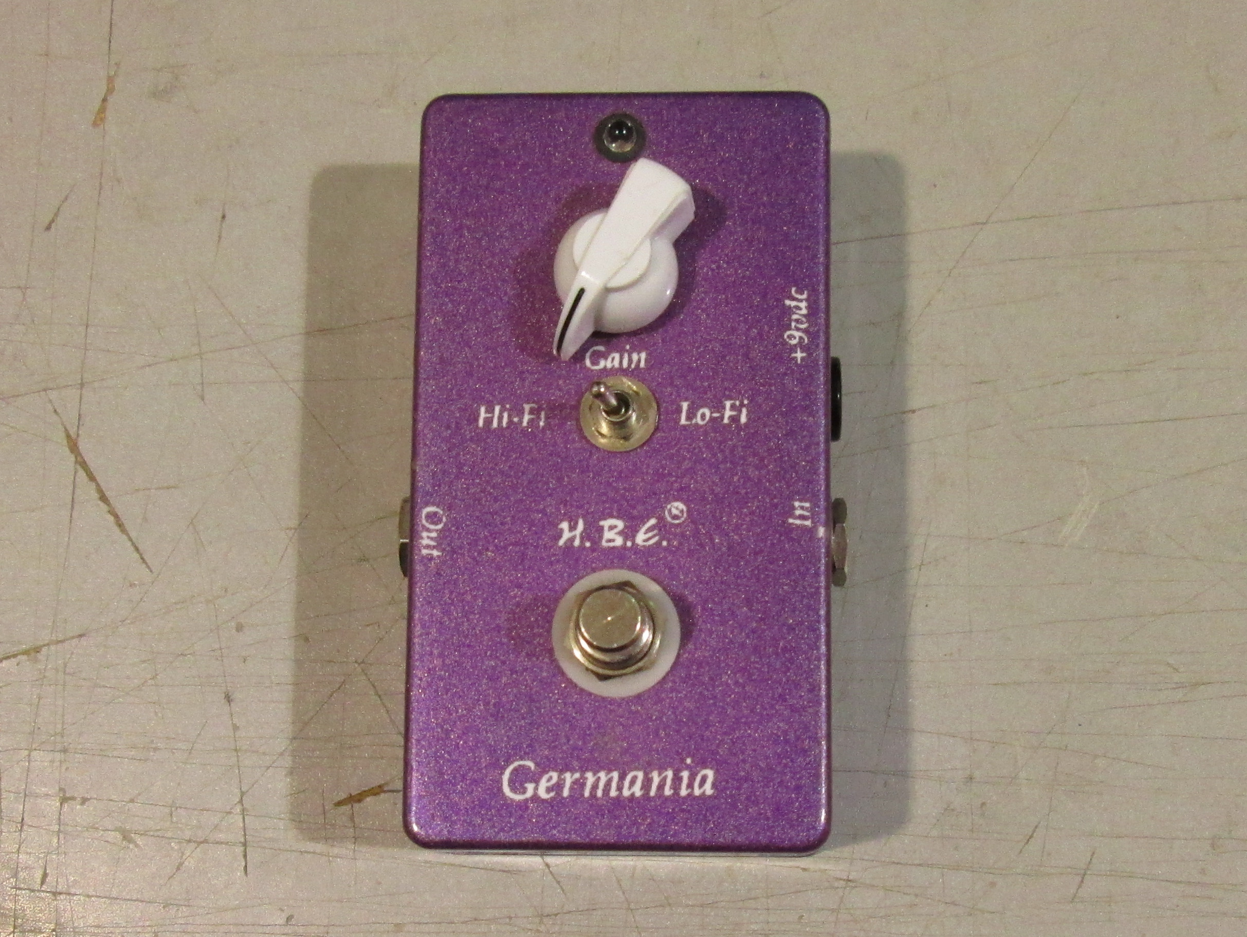 HBE GERMANIA FUZZ EFFECT PEDAL