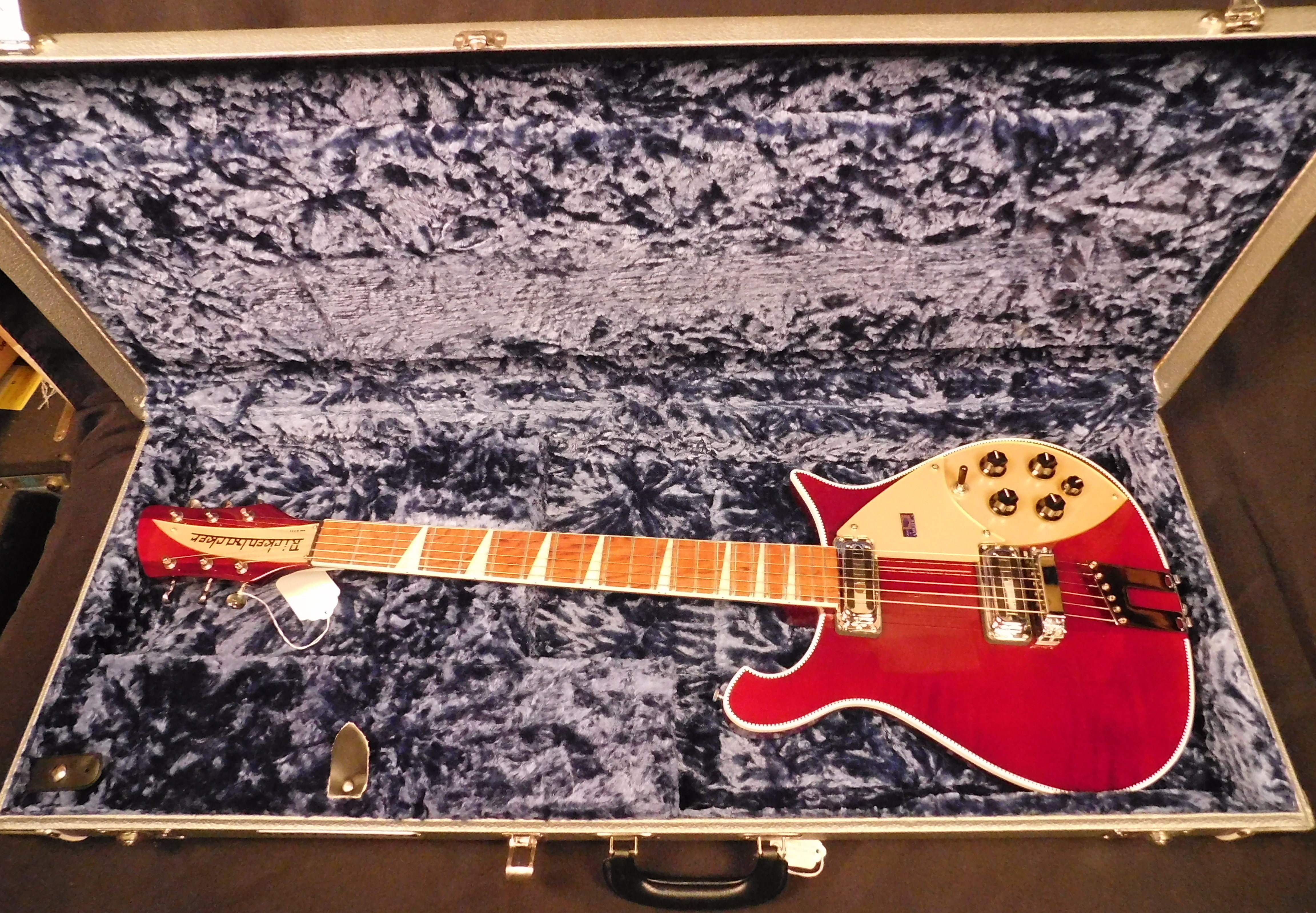 RICKENBACKER 660-6 Electric Guitar W/OHSC