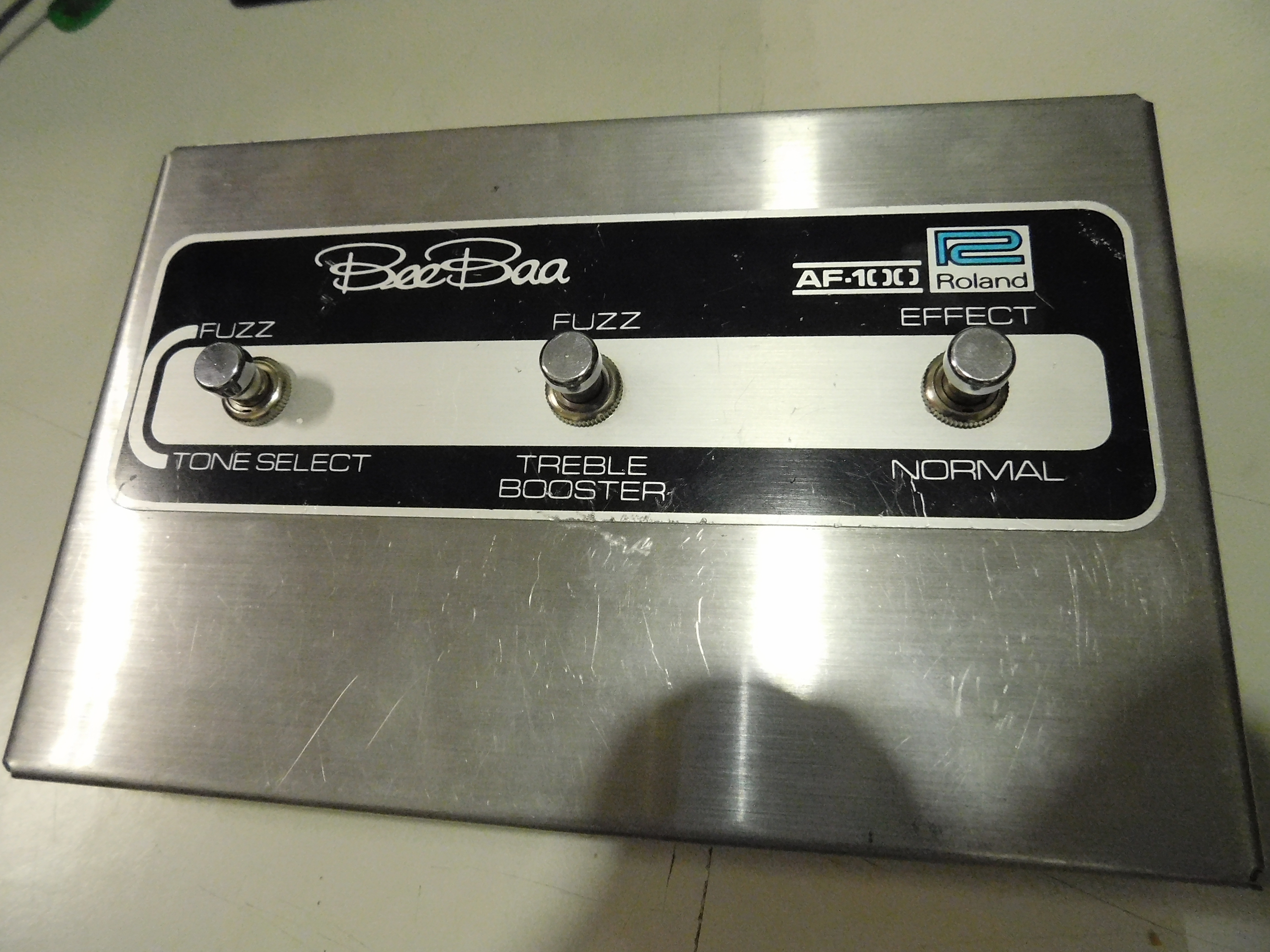 ROLAND AF-100 BeeBaa Fuzz & Treble Booster Effect Pedal