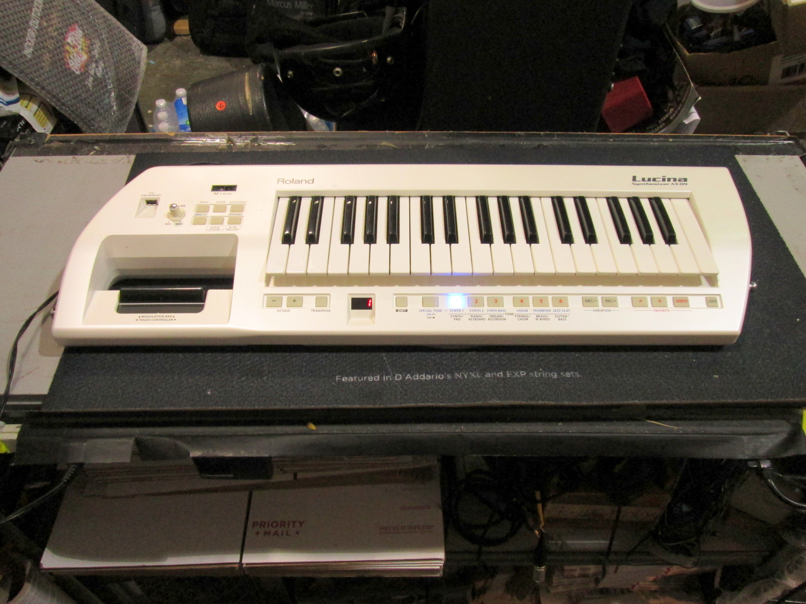ROLAND LUCINA AX-09 SHOULDER SYNTHESIZER **KEYTAR**