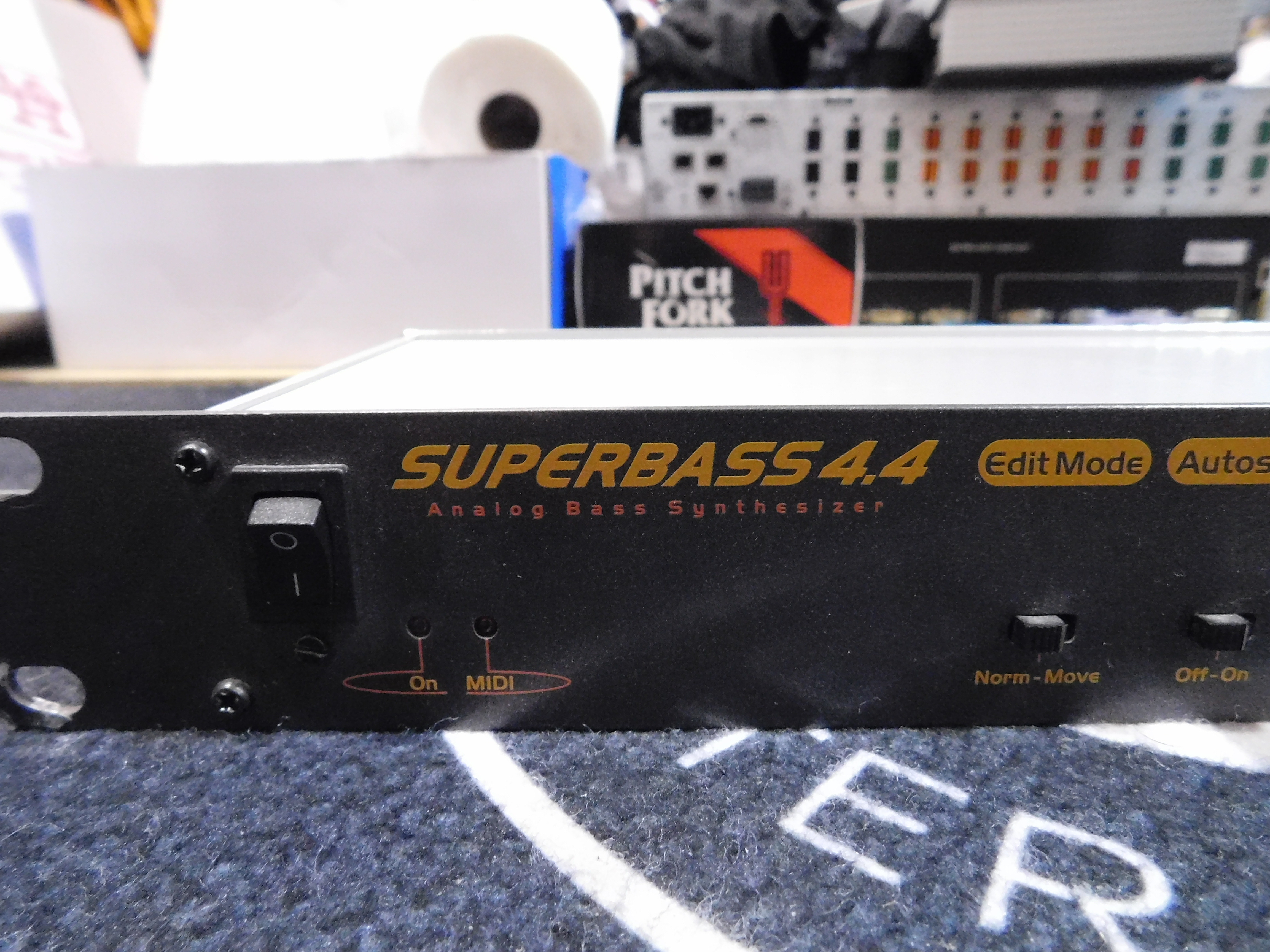 NEXT! SUPERBASS 4.4 Analog Bass Synthesizer *TB-303 Clone* with Power Supply!