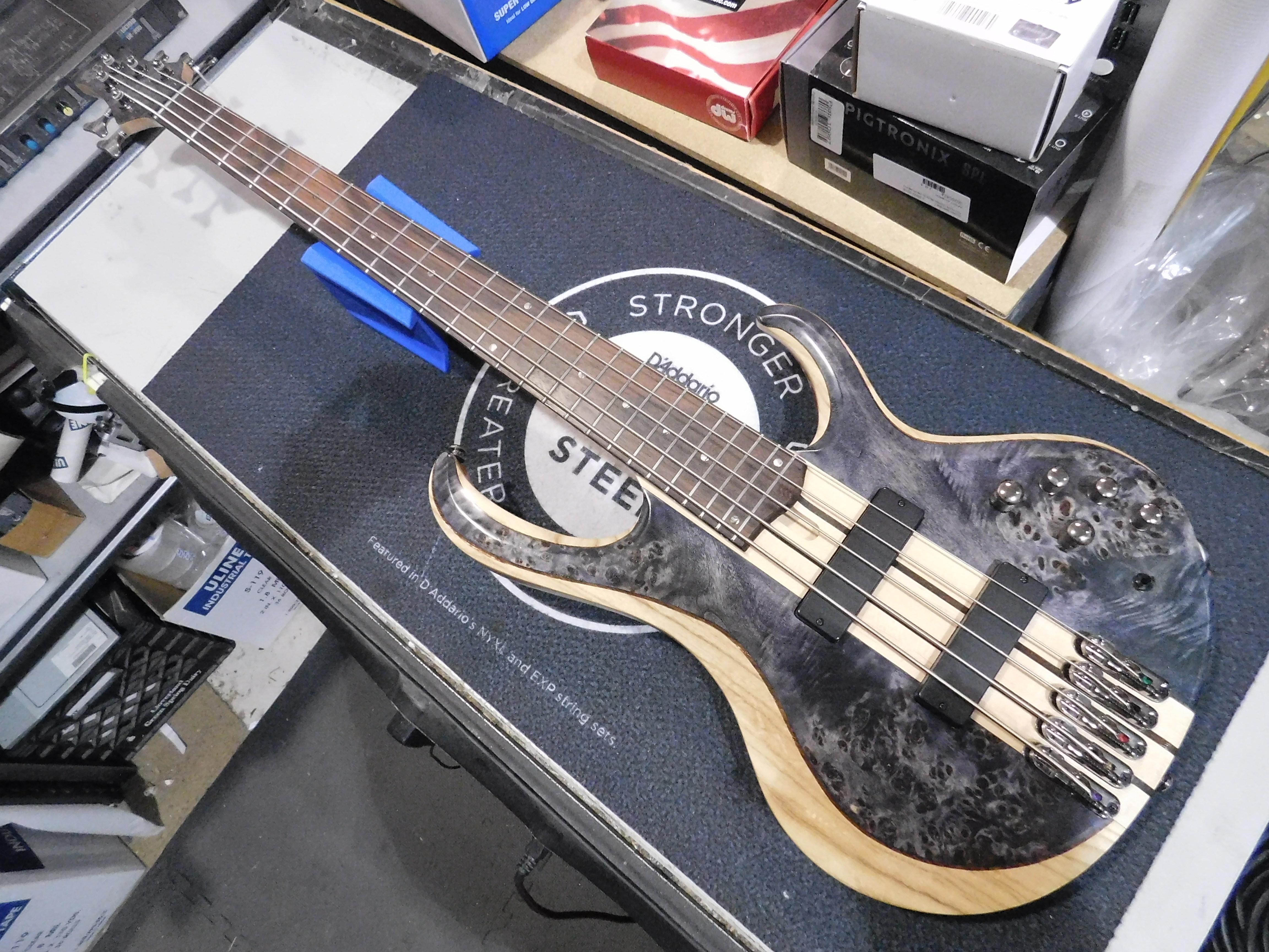 IBANEZ BTB845 5-String Electric Bass with Gig-bag - Deep Twilight Low Gloss