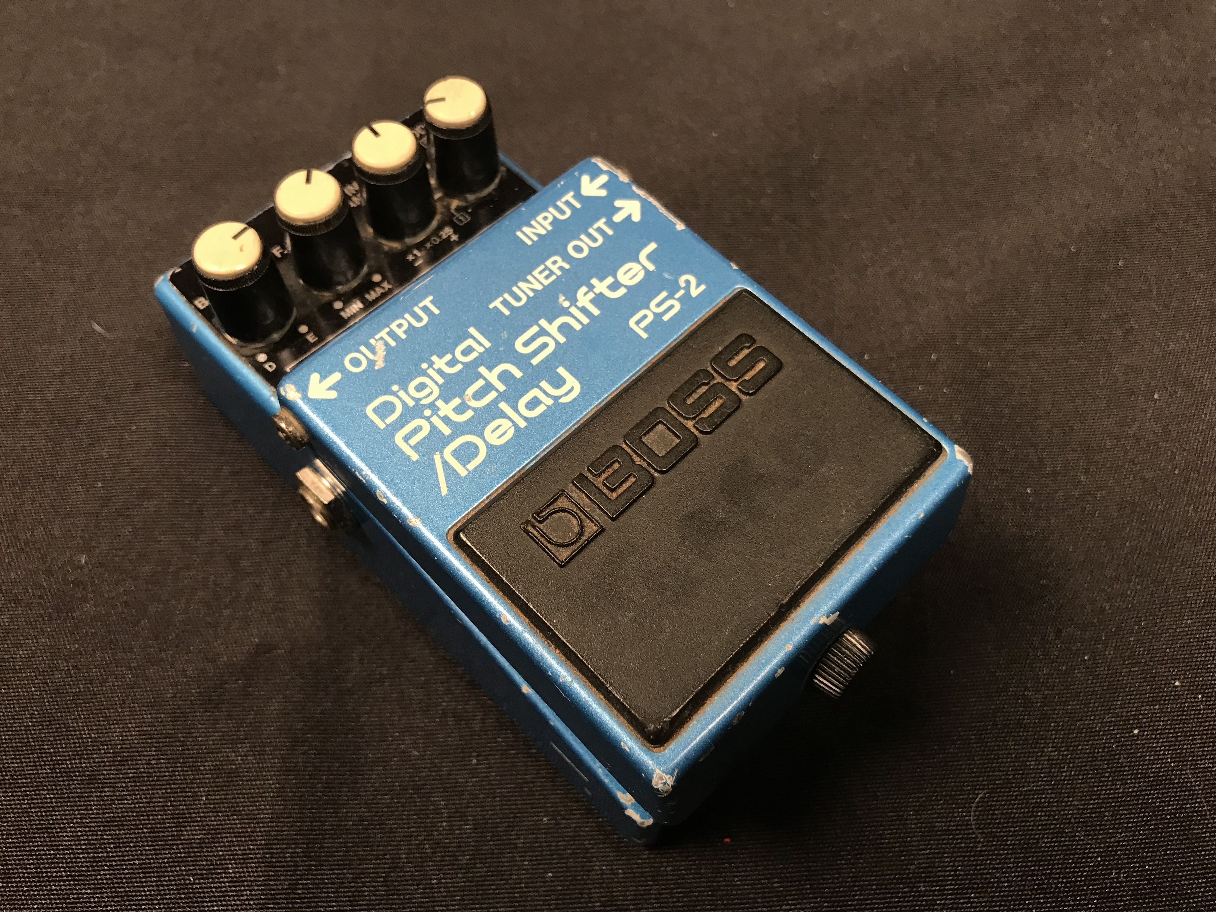 BOSS PS-2 Digital Pitch Shifter / Delay Effect Pedal