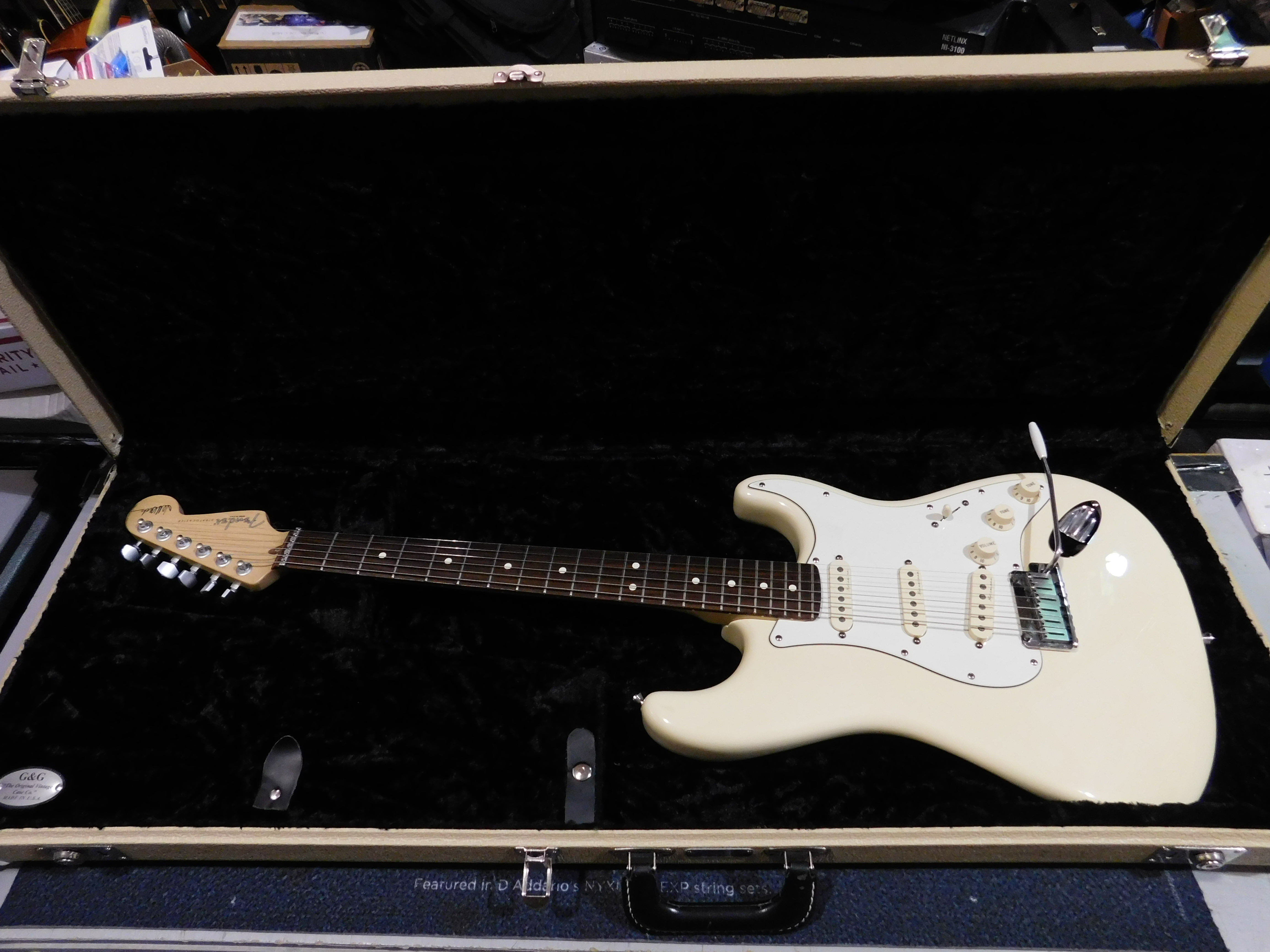 FENDER JEFF BECK STRATOCASTER Electric Guitar **HSC** Olympic White