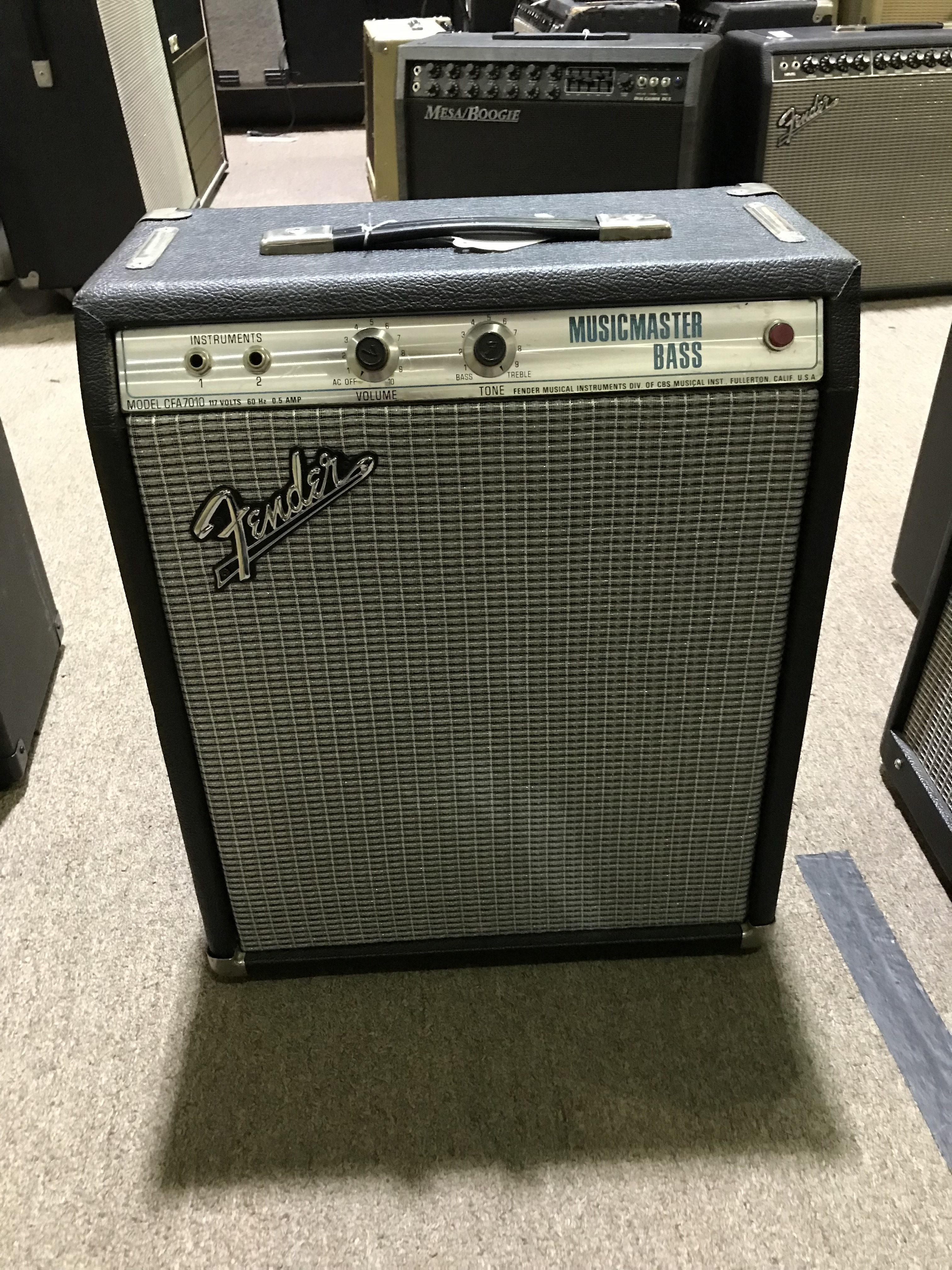 FENDER MUSICMASTER BASS AMP Vintage 1X12 Combo Tube Amplifier