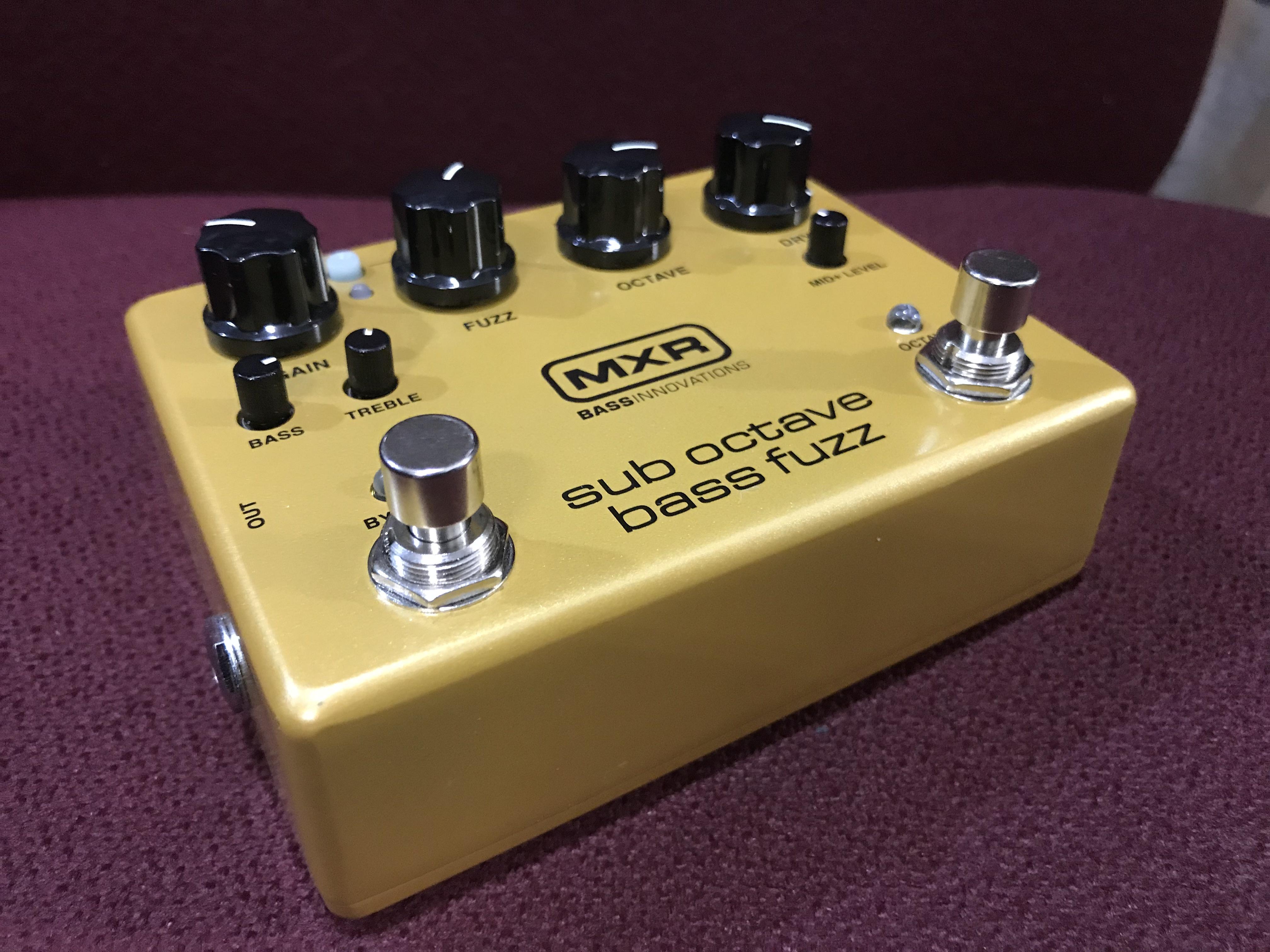 MXR SUB OCTAVE BASS FUZZ Bass Innovations Fuzz Effect Pedal