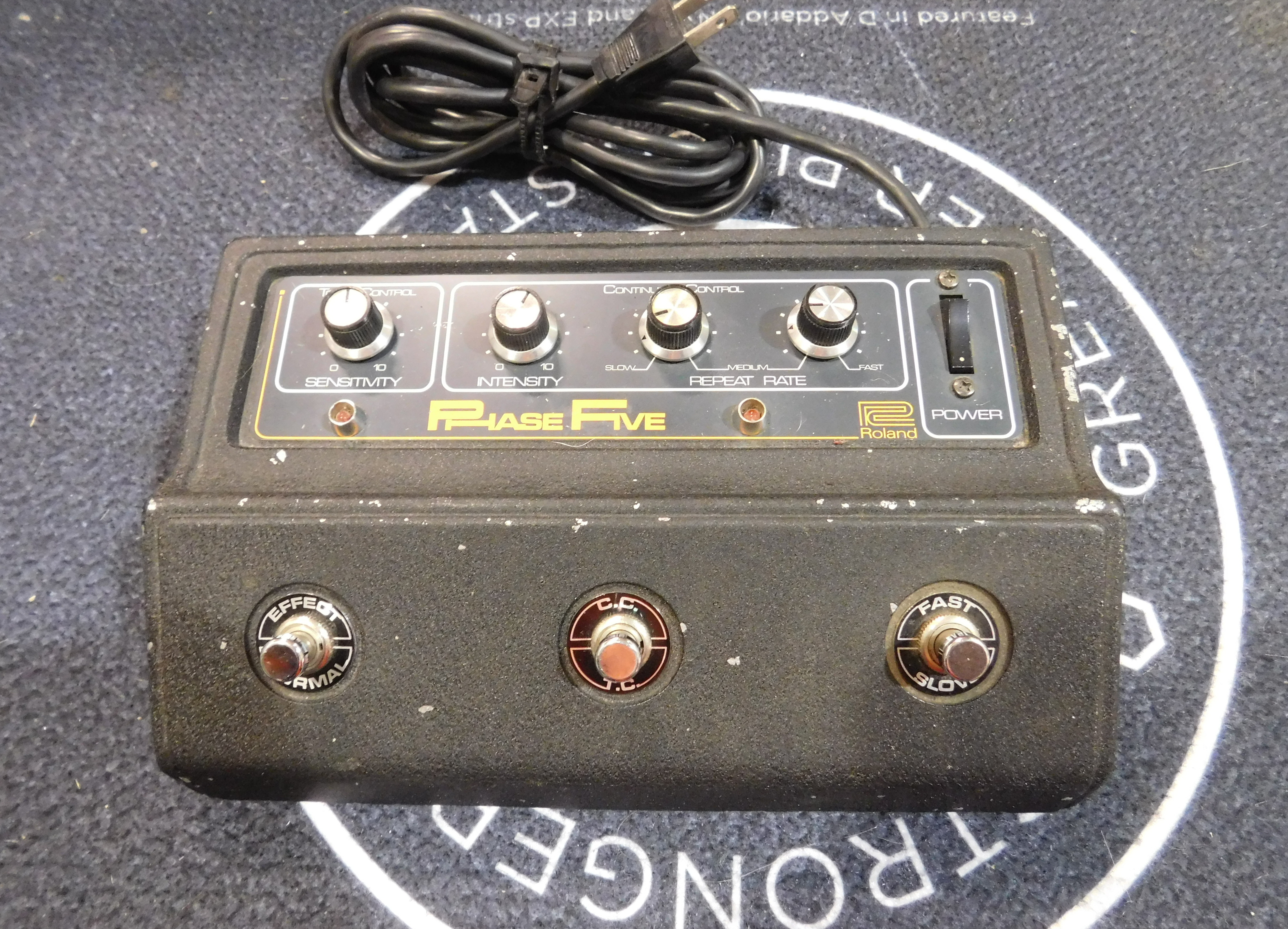 ROLAND AP5 PHASE FIVE Vintage Phaser Effect Pedal
