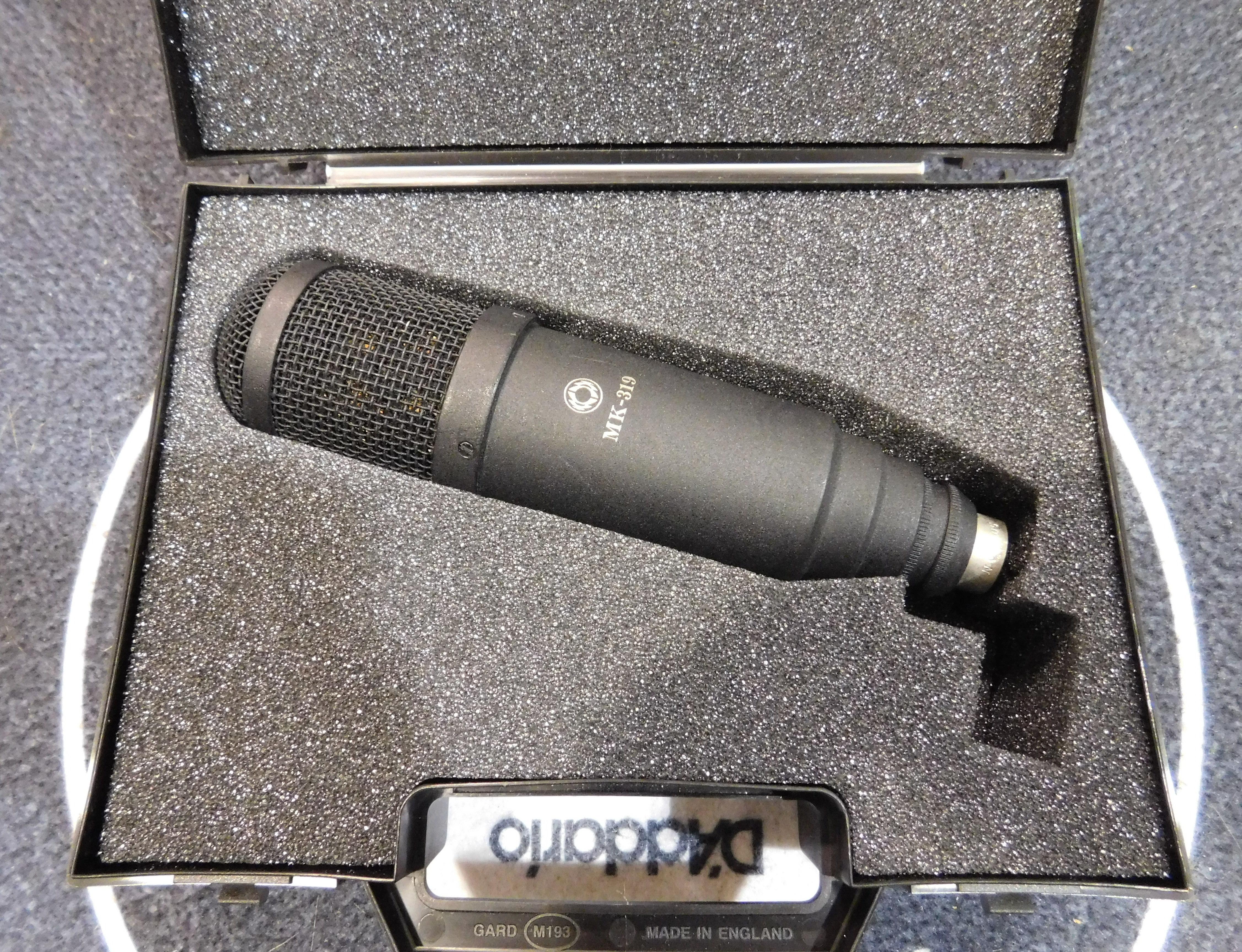 OKTAVA MK-319 Cardioid Condenser Microphone with Case!