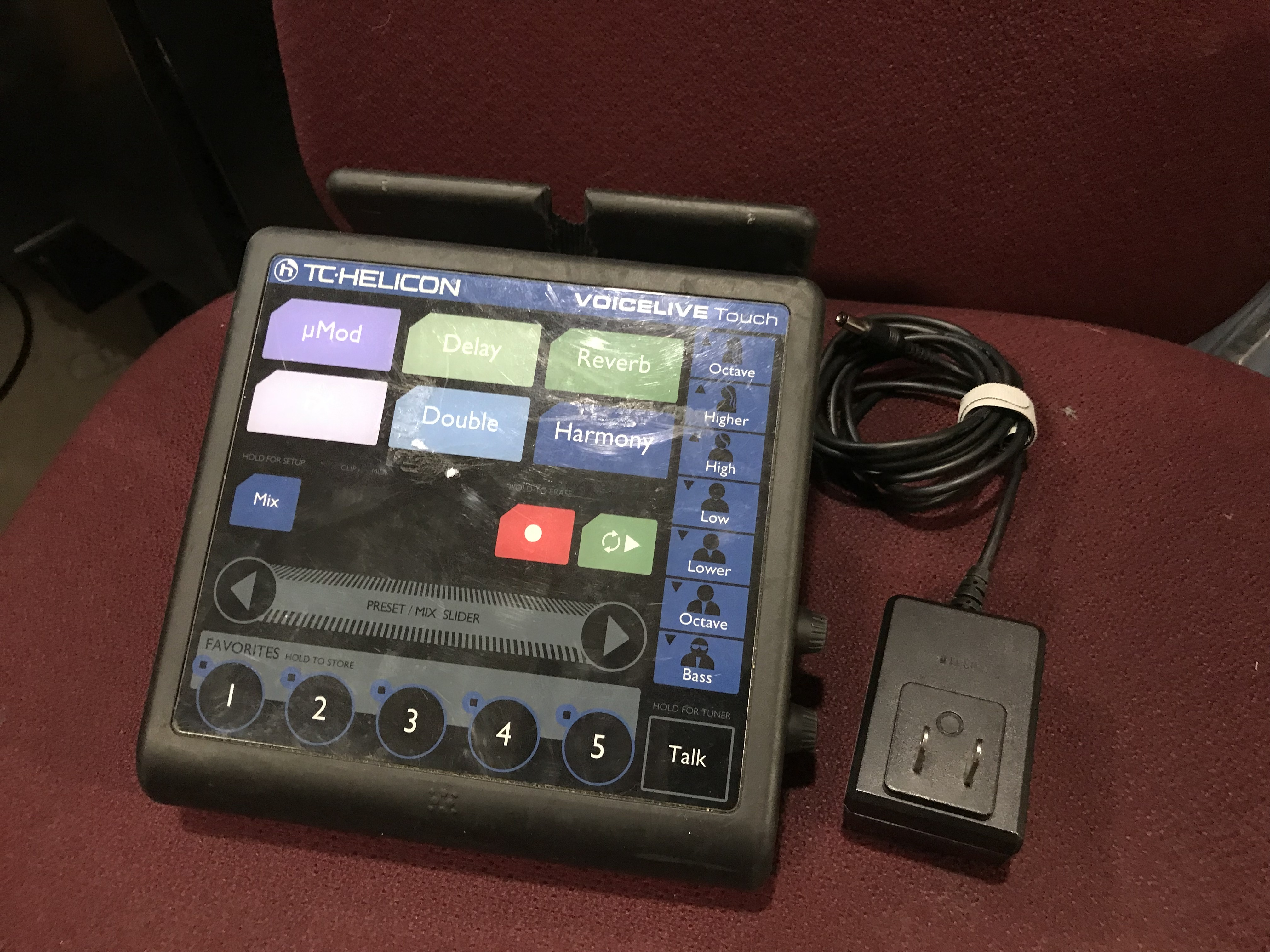 TC HELICON VOICE LIVE TOUCH Vocal Processor