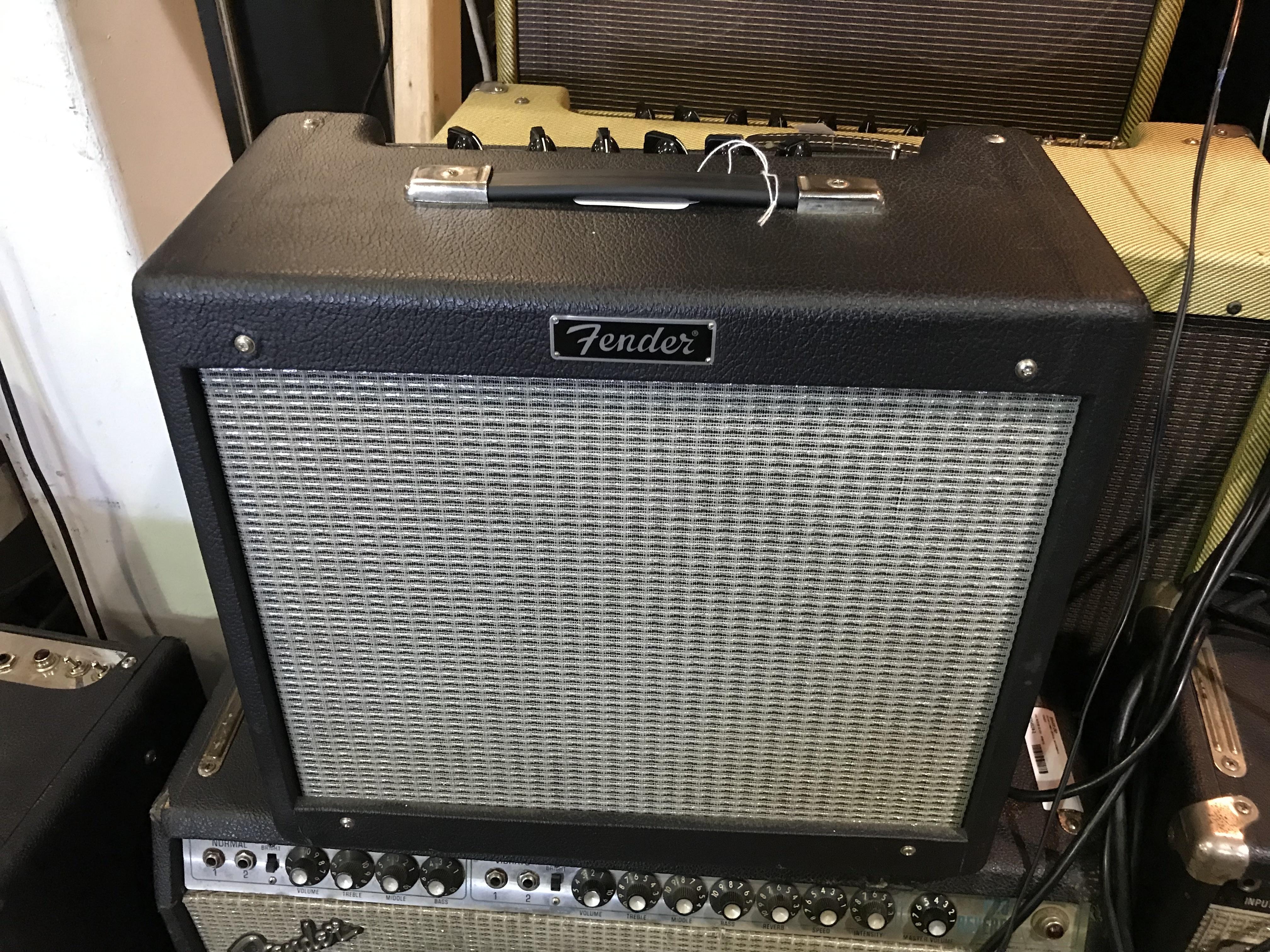 FENDER BLUES JR III 15W 1X12 Tube Guitar Combo Amp