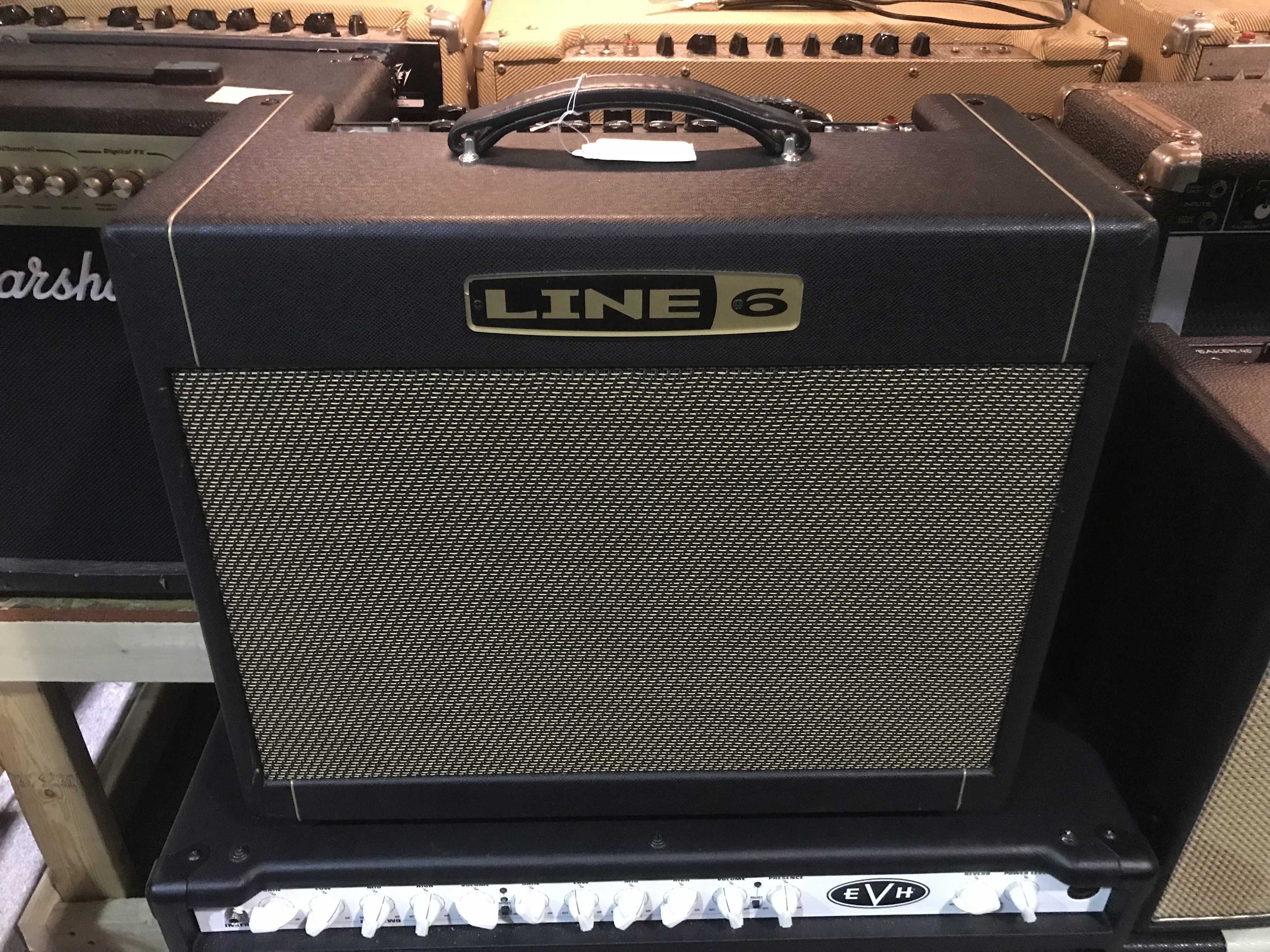 LINE 6 DT25 BOGNER 25W 1X12 Tube Modeling Combo Amp