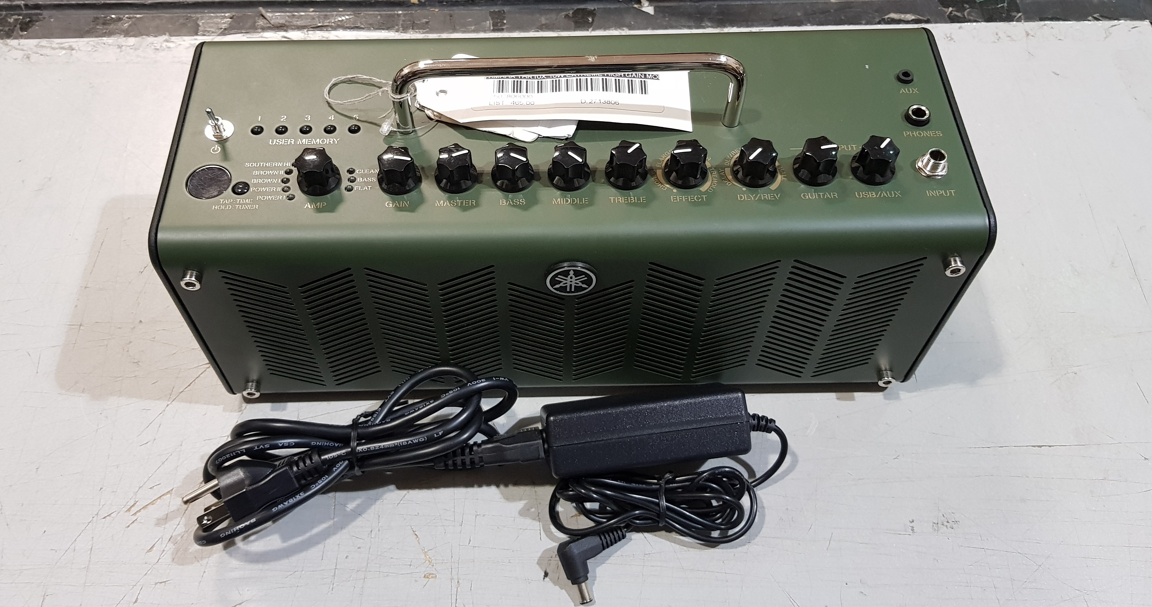 YAMAHA THR10X 10-watt Hi-Gain Modeling Combo Amp w/ Power Supply