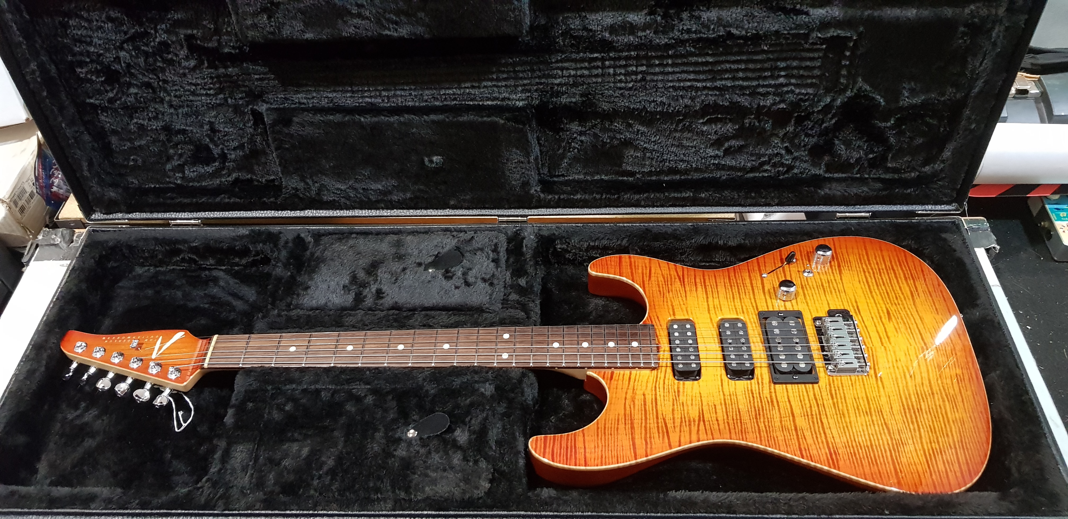 2004 TOM ANDERSON HOLLOW DROP TOP Electric Guitar **HSC** Fire Burst