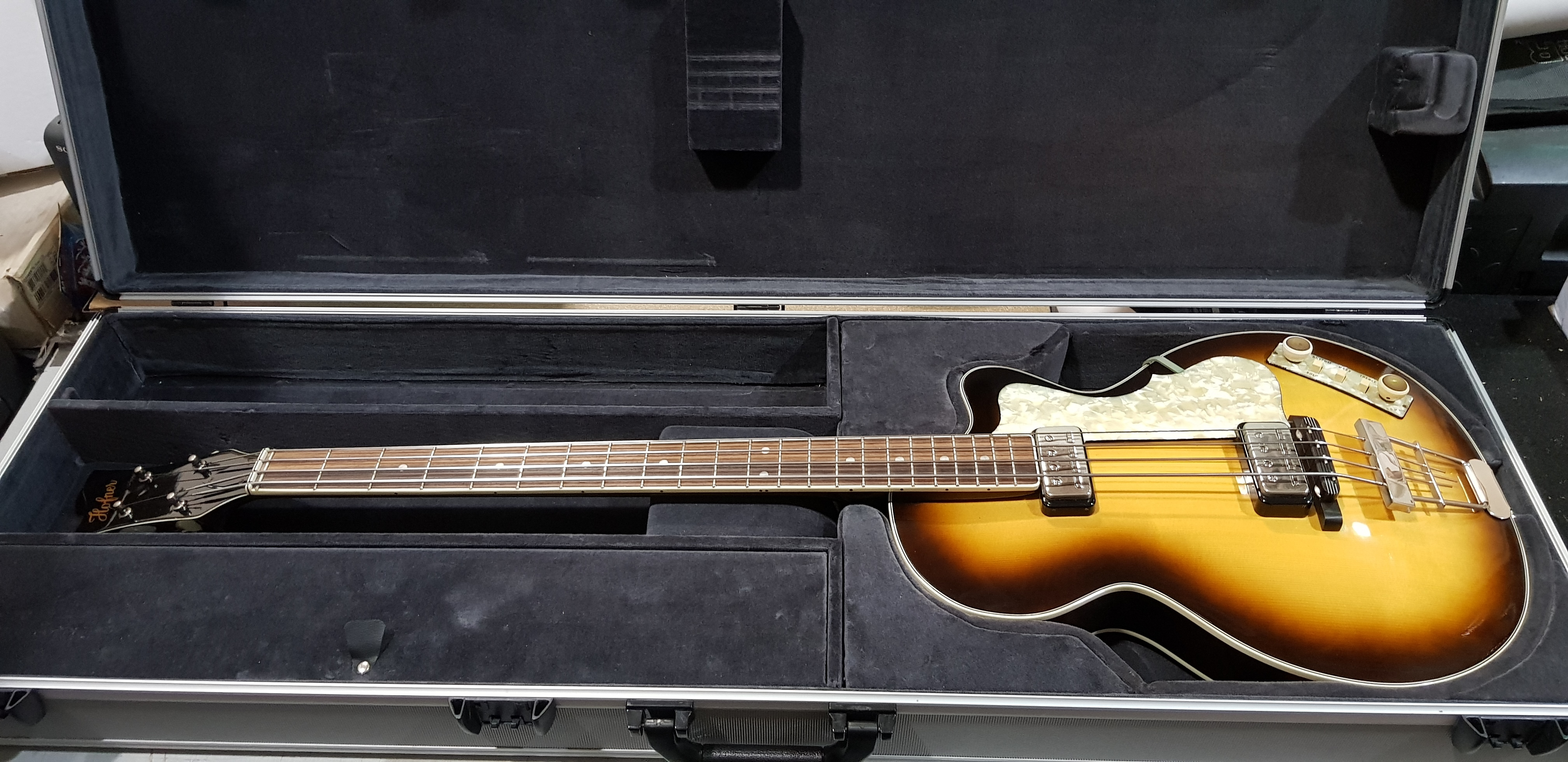 2003 HOFNER 500/2 CLUB BASS Electric Bass **HSC** Made in Germany