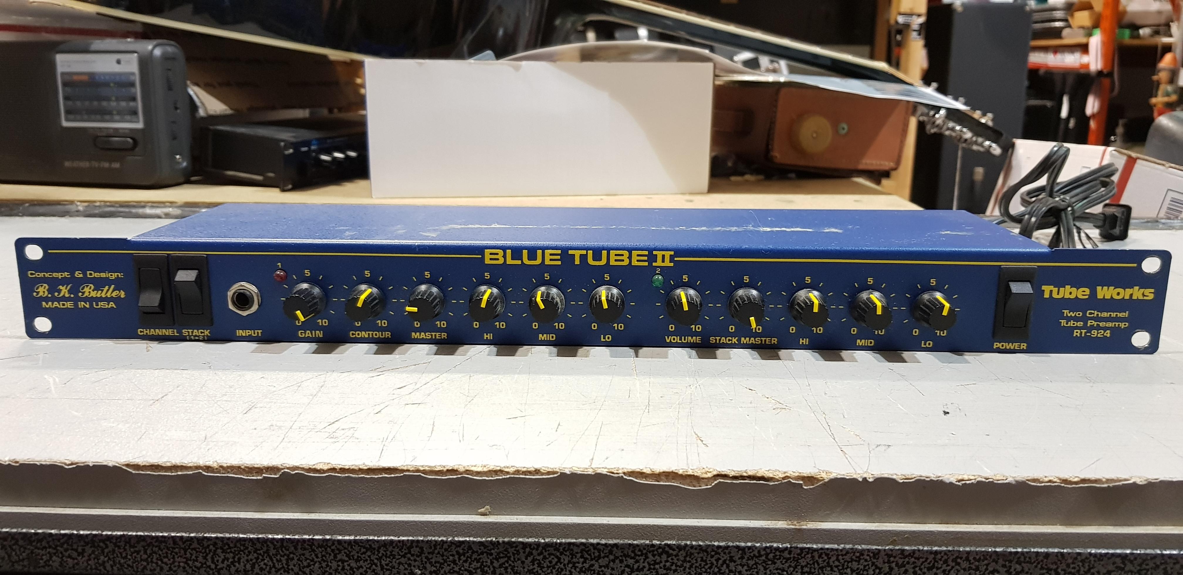 B.K. BUTLER BLUE TUBE II Two Channel Tube Preamp RT-924 Rackmount Effect Unit