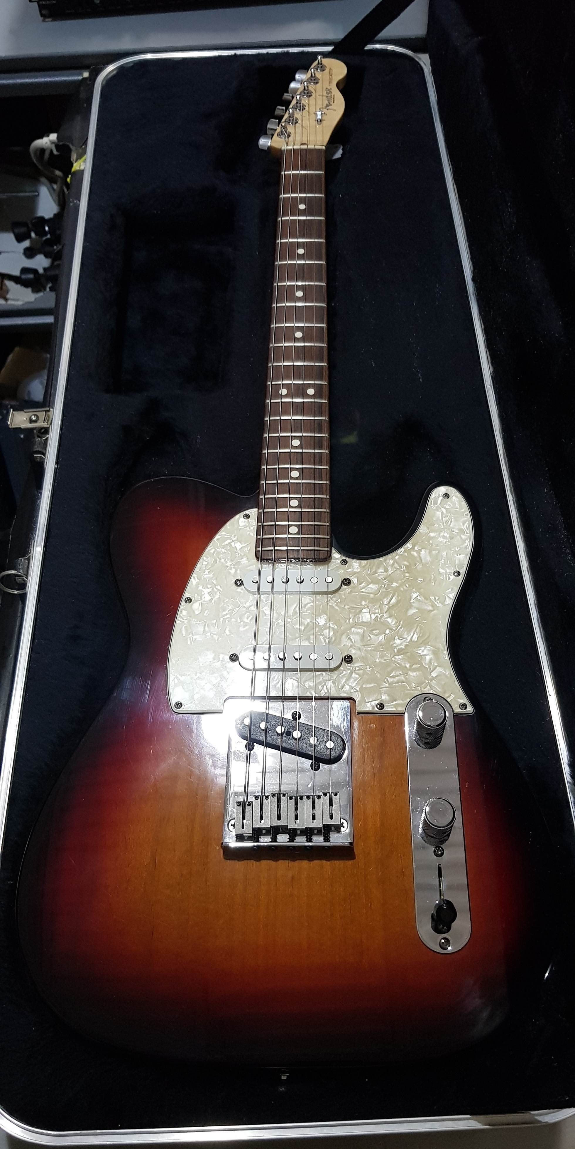 FENDER CUSTOM SHOP American Classic Telecaster Electric Guitar **HSC** Sunburst