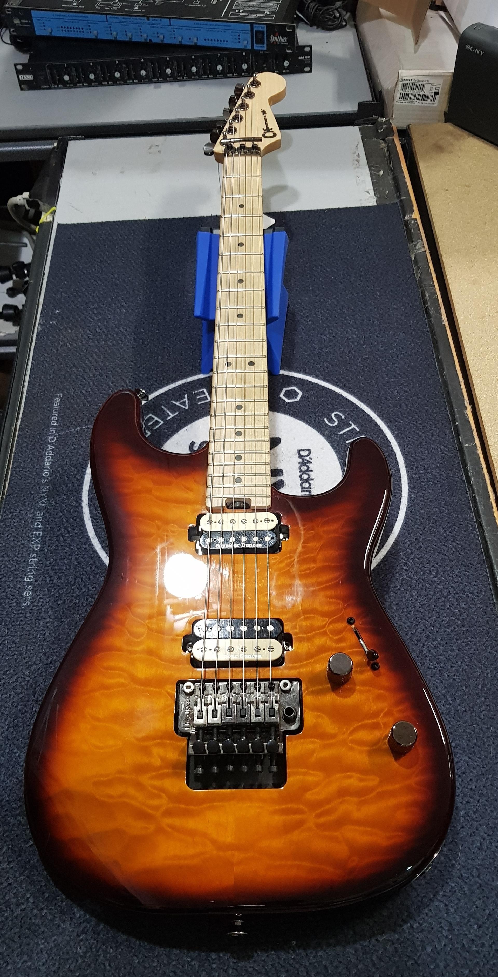 CHARVEL SAN DIMAS Electric Guitar MIM Floyd Rose w/ HSC - Tobacco Burst