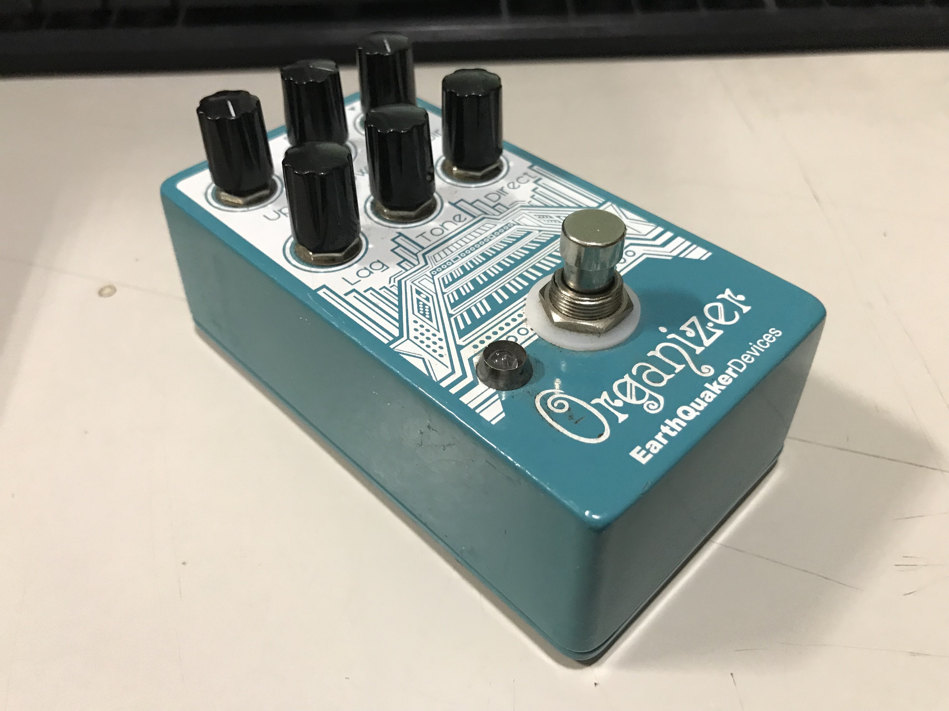 EARTHQUAKER DEVICES ORGANIZER V2 Polyphonic Organ Emulator Effect Pedal