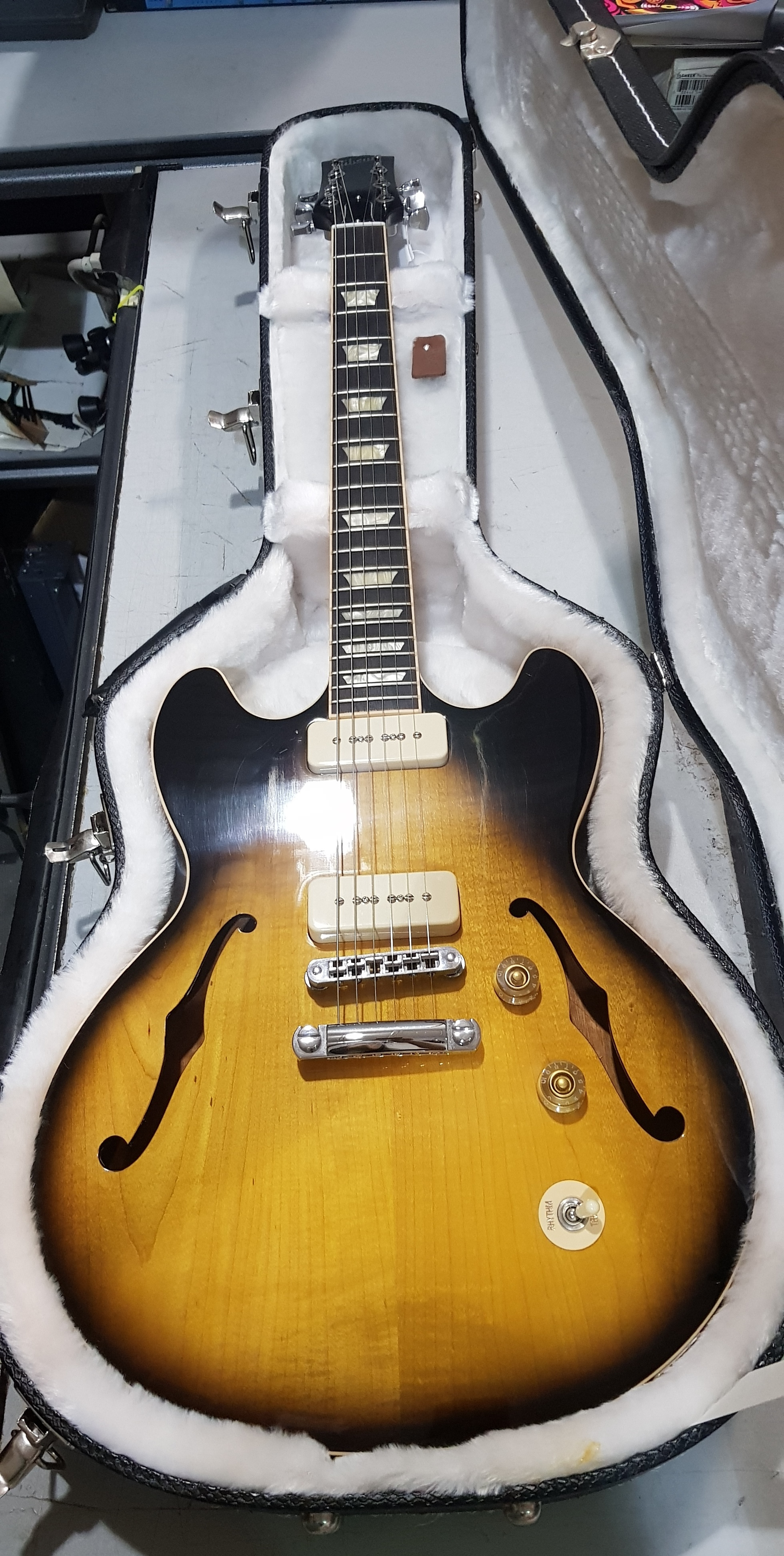 2012 GIBSON USA MIDTOWN Semi-Hollowbody Electric Guitar **HSC** Tobacco Sunburst