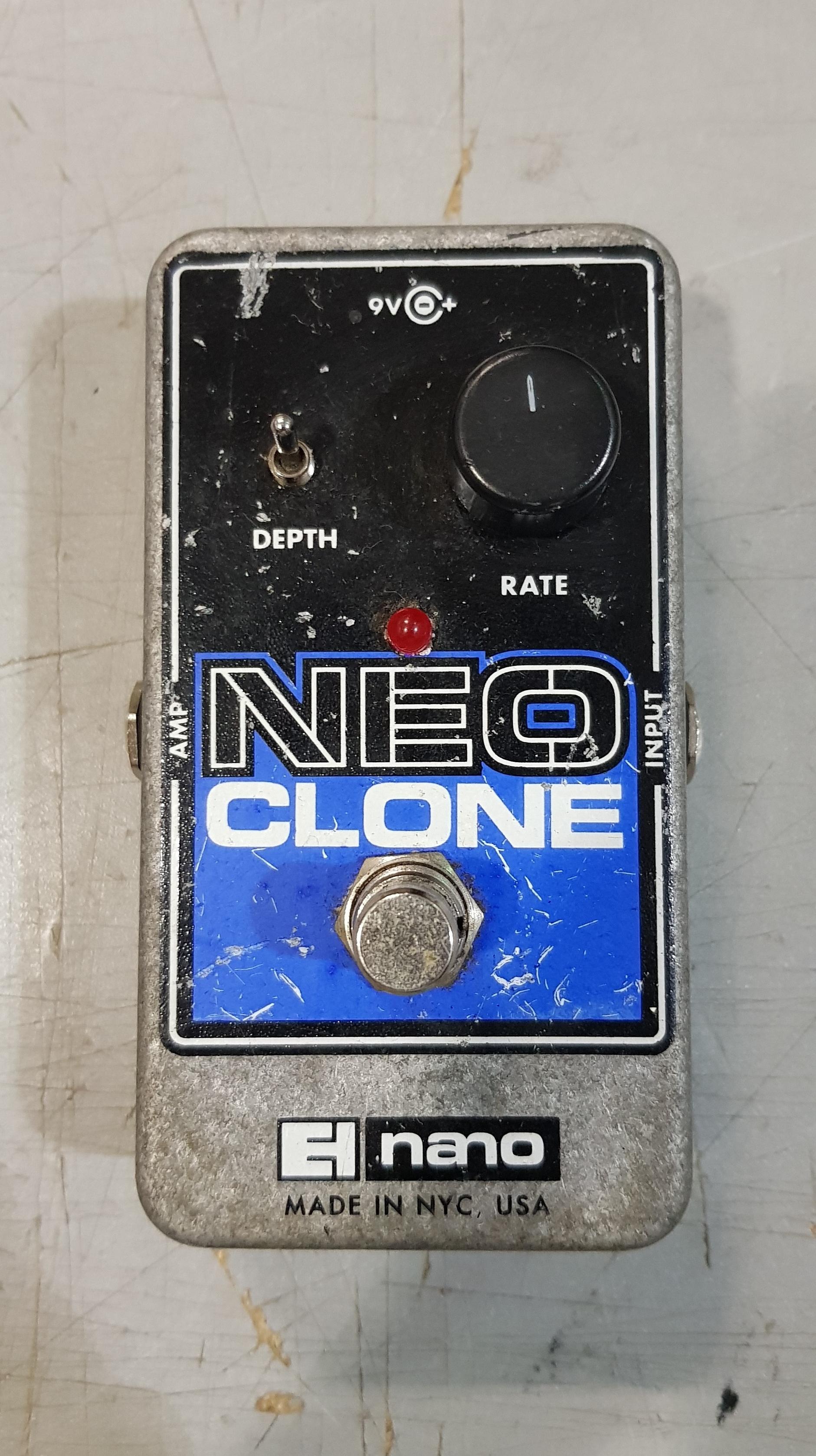 ELECTRO-HARMONIX NEO CLONE Chorus Effect Pedal