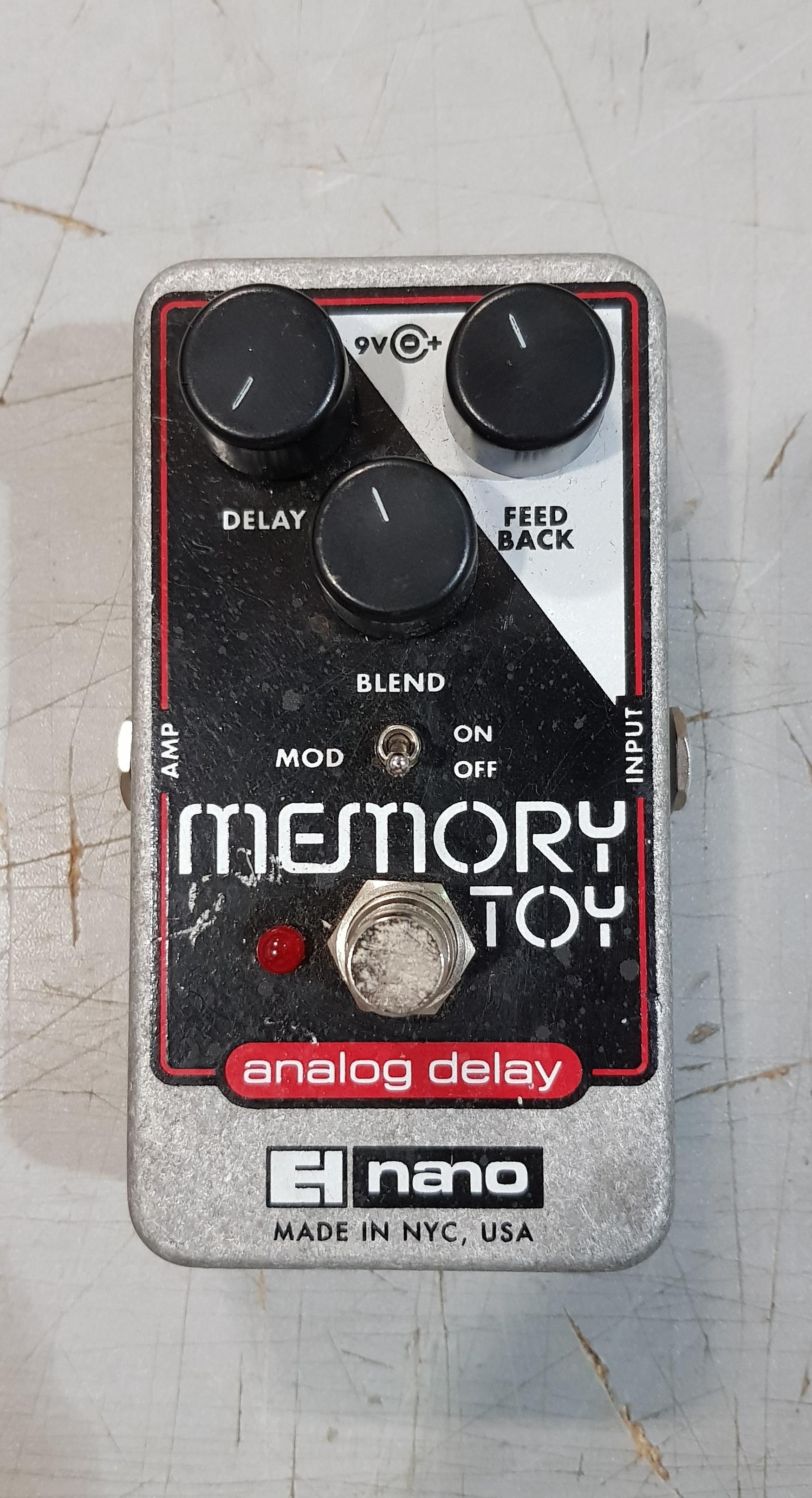ELECTRO-HARMONIX MEMORY TOY Delay Effect Pedal