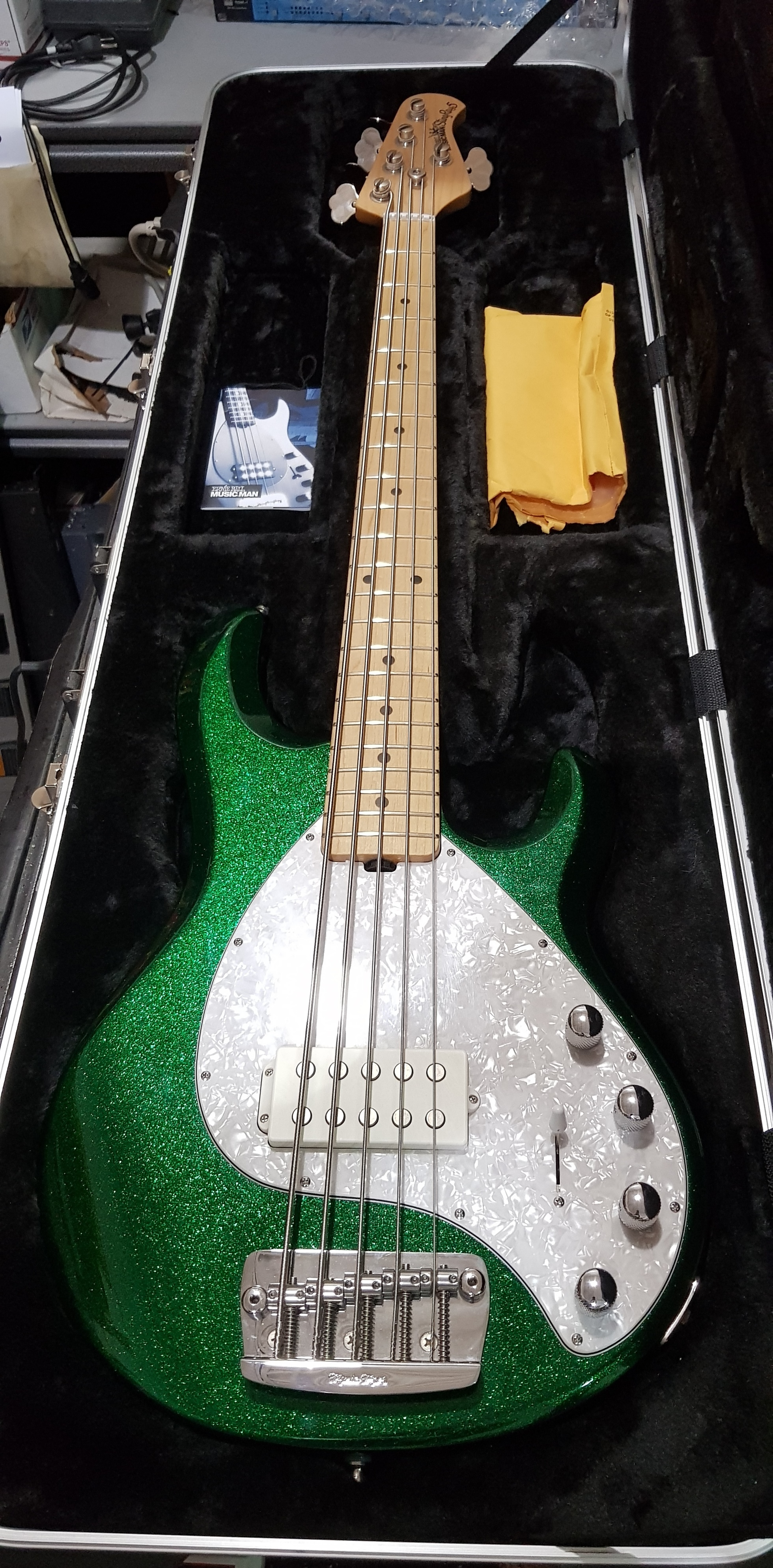2013 MUSIC MAN STINGRAY 5 H 5-String Electric Bass **HSC** Emerald Green Sparkle